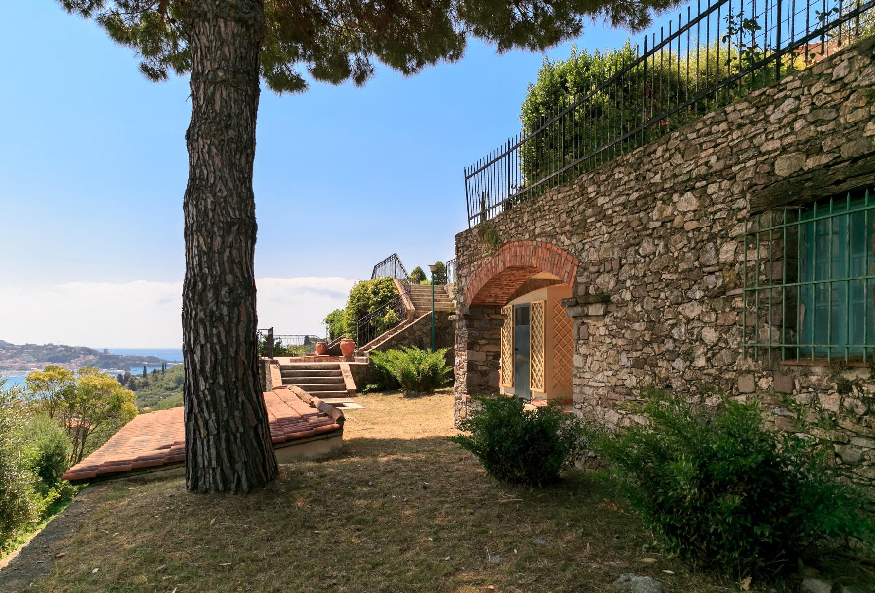 Lovely villa with sea views on the gulf of Lerici - 24