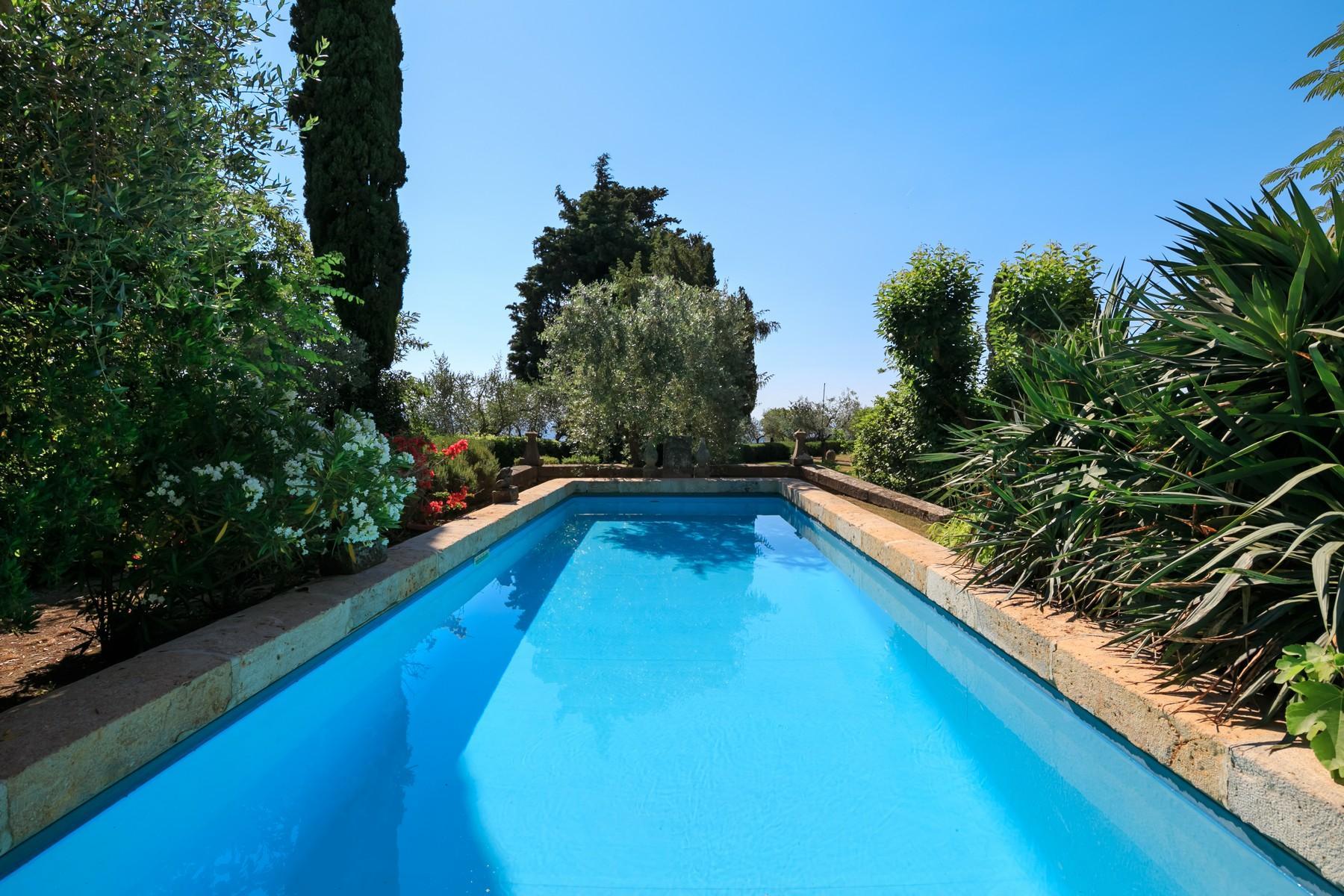 Восхитительное поместье с захватывающим видом на Тоскану в окрестностях Сиены, Италия - 5