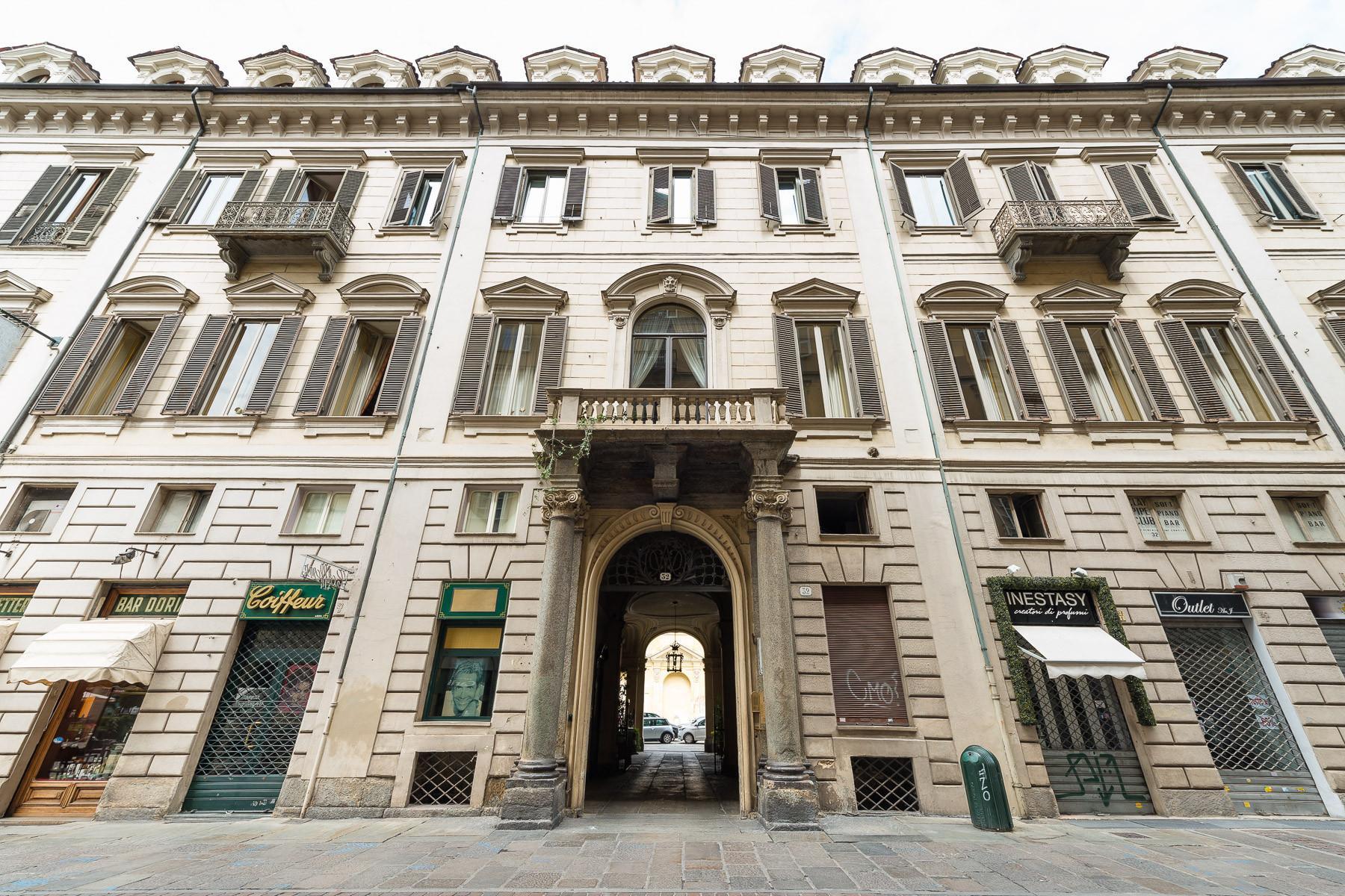 Luxus-Wohnung im historischen Palast - 1