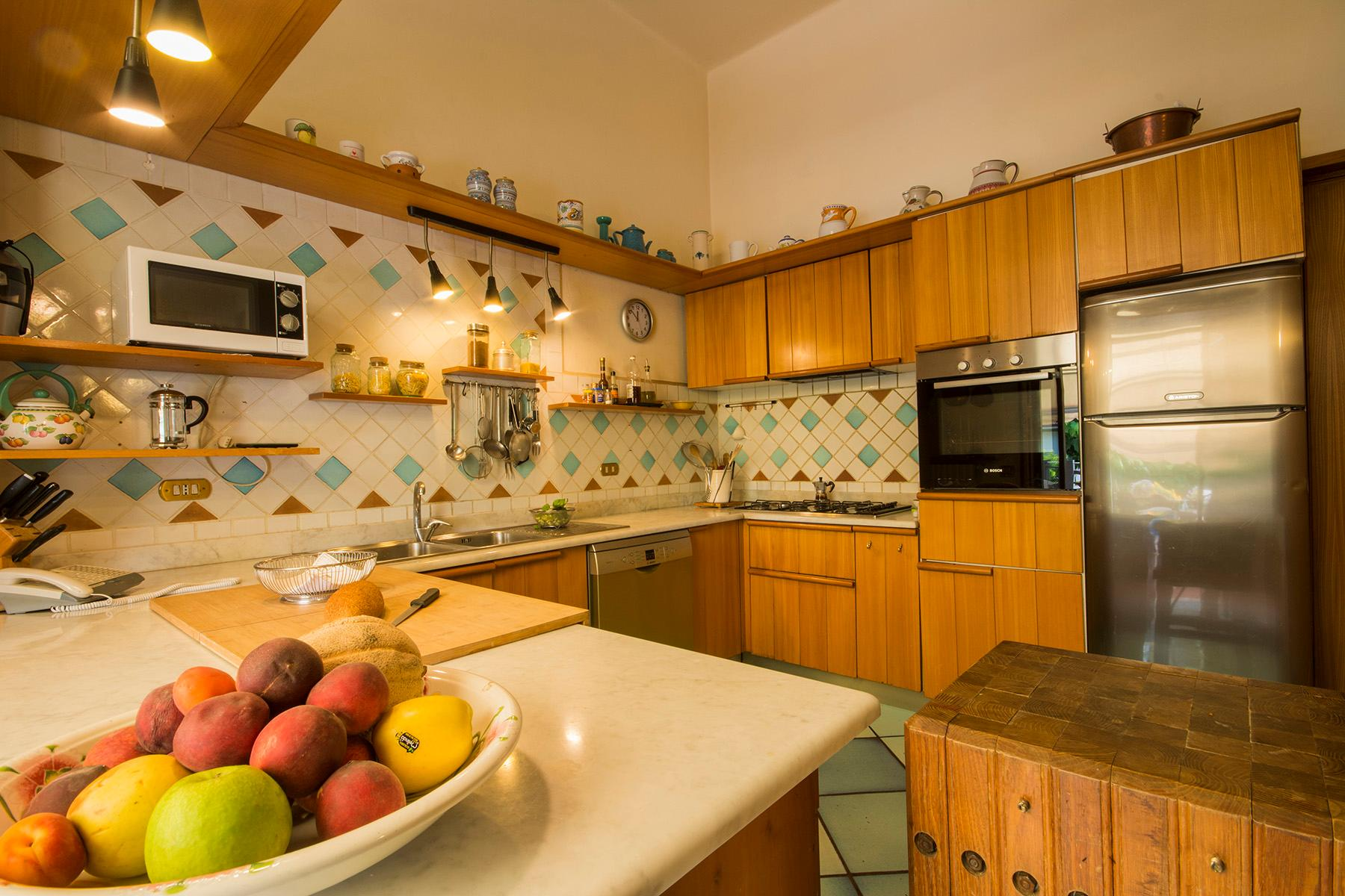 Wonderful liberty style villa with dependance - 7