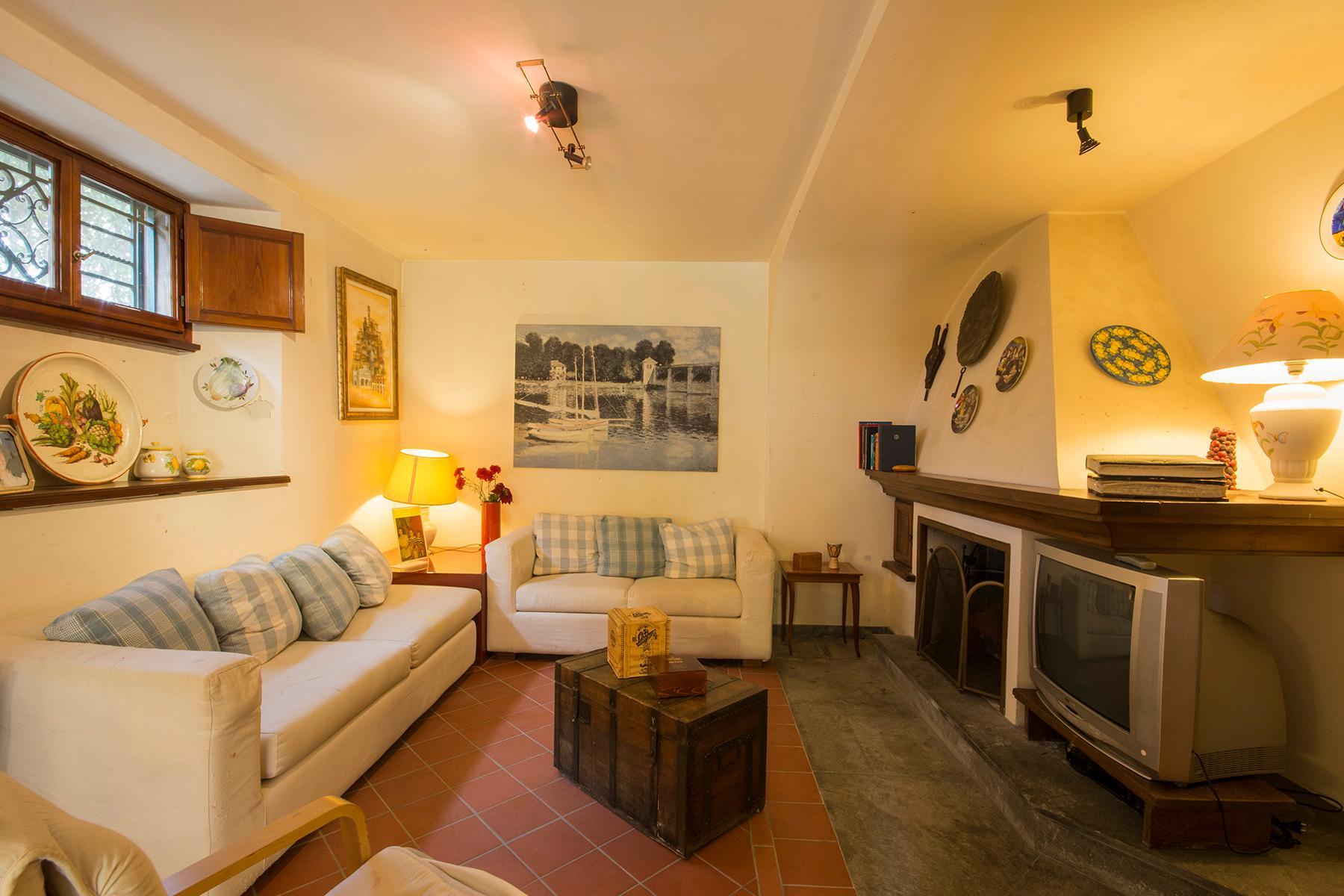 Wonderful liberty style villa with dependance - 9