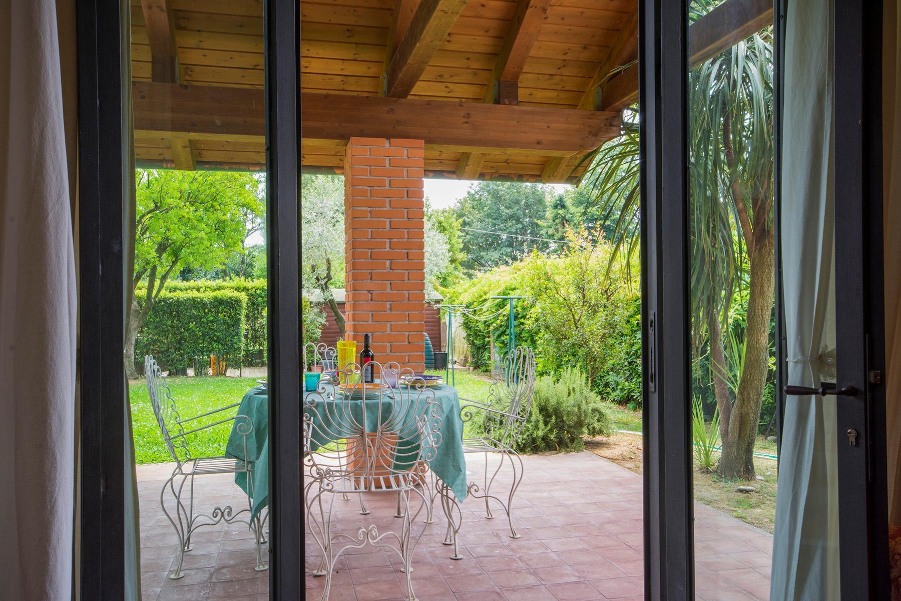 Wonderful liberty style villa with dependance - 17