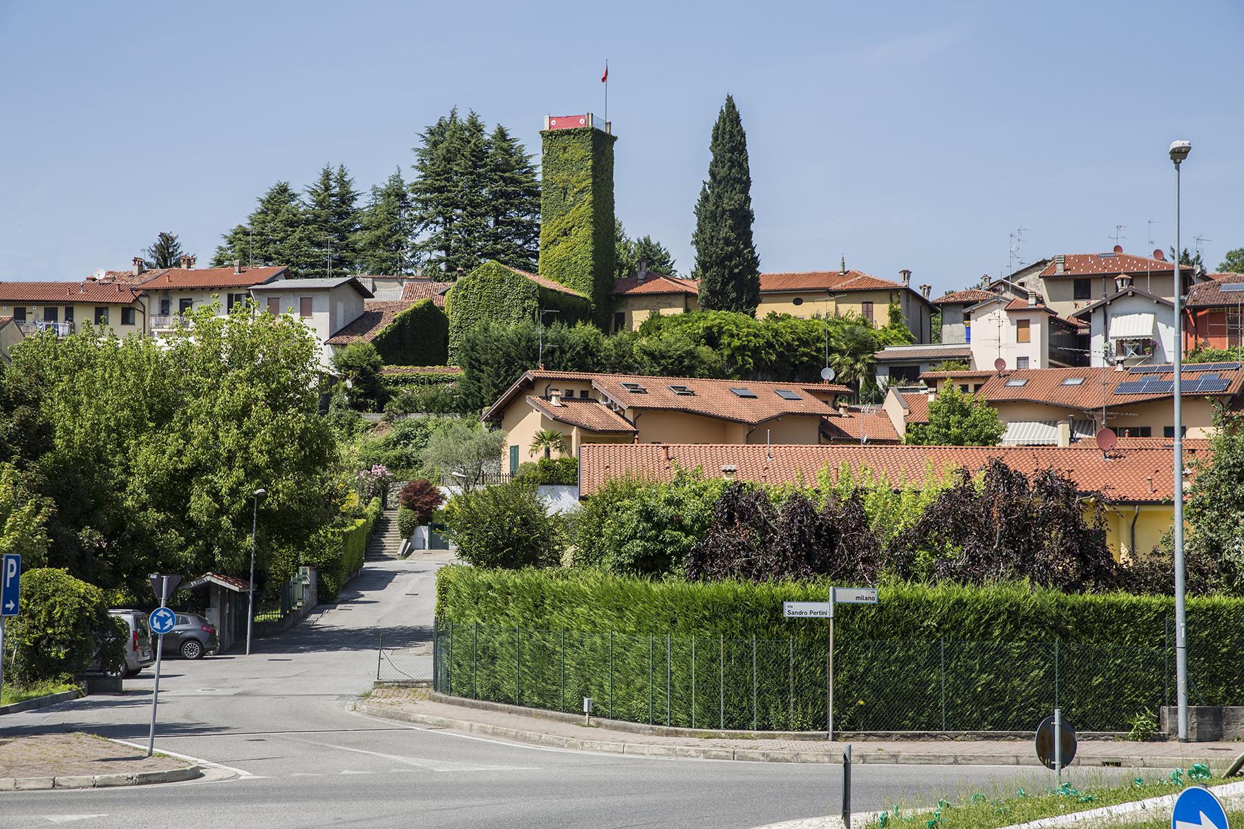 Magnifique bâtiment d'époque surplombant les collines de la « Brianza Lombarda » - 10