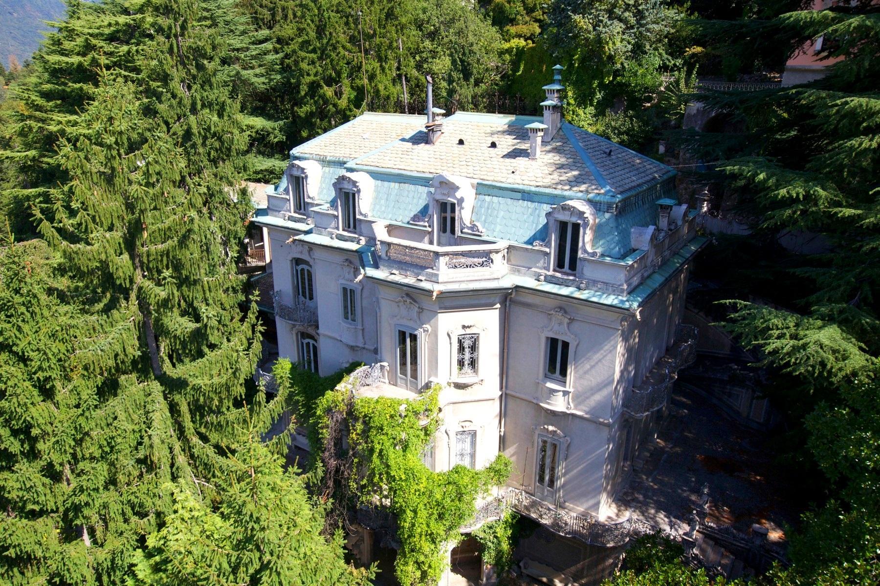 Prestigious period villa overlooking Lake Como - 1