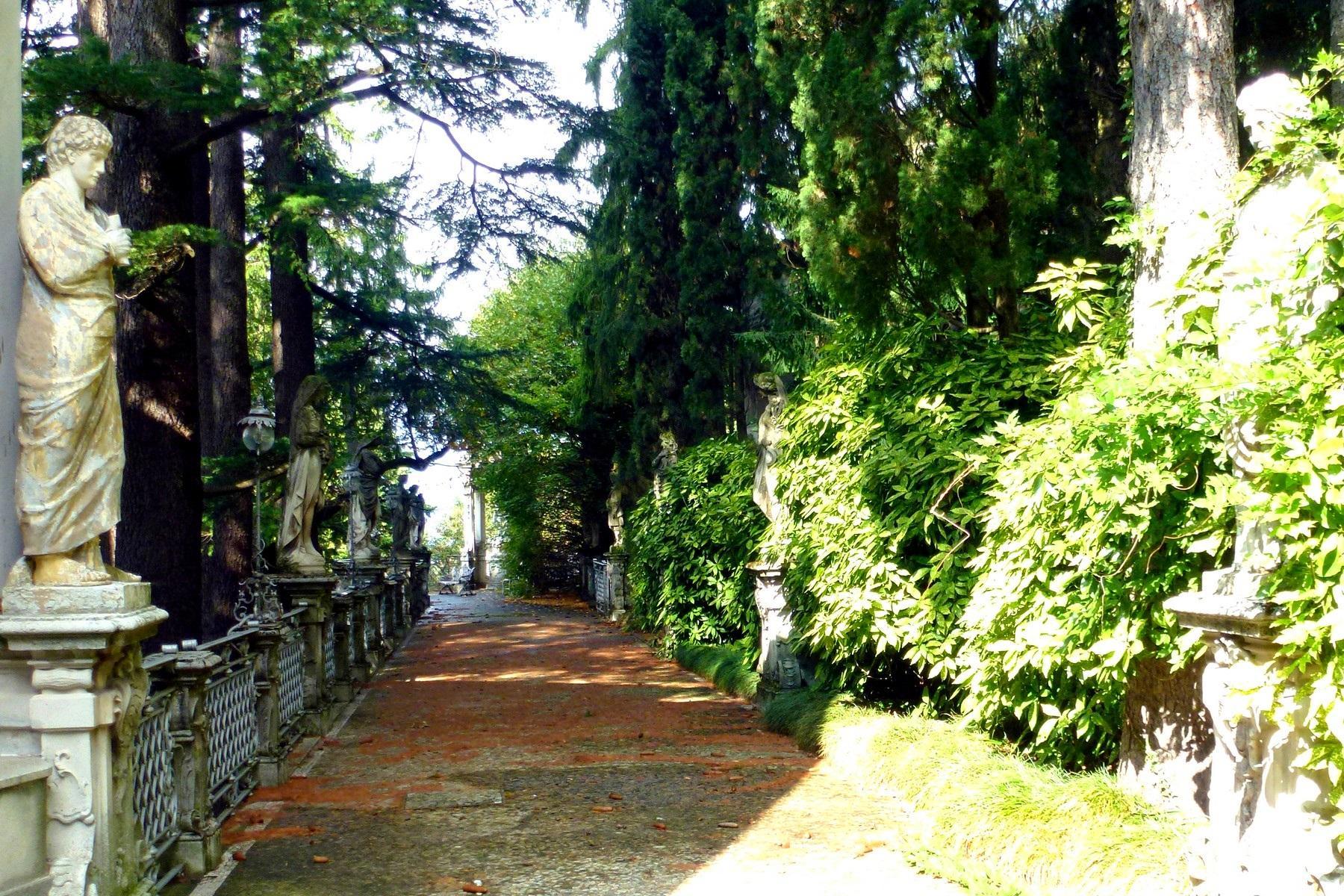 Prestigiosa villa d'epoca sul Lago di Como - 10