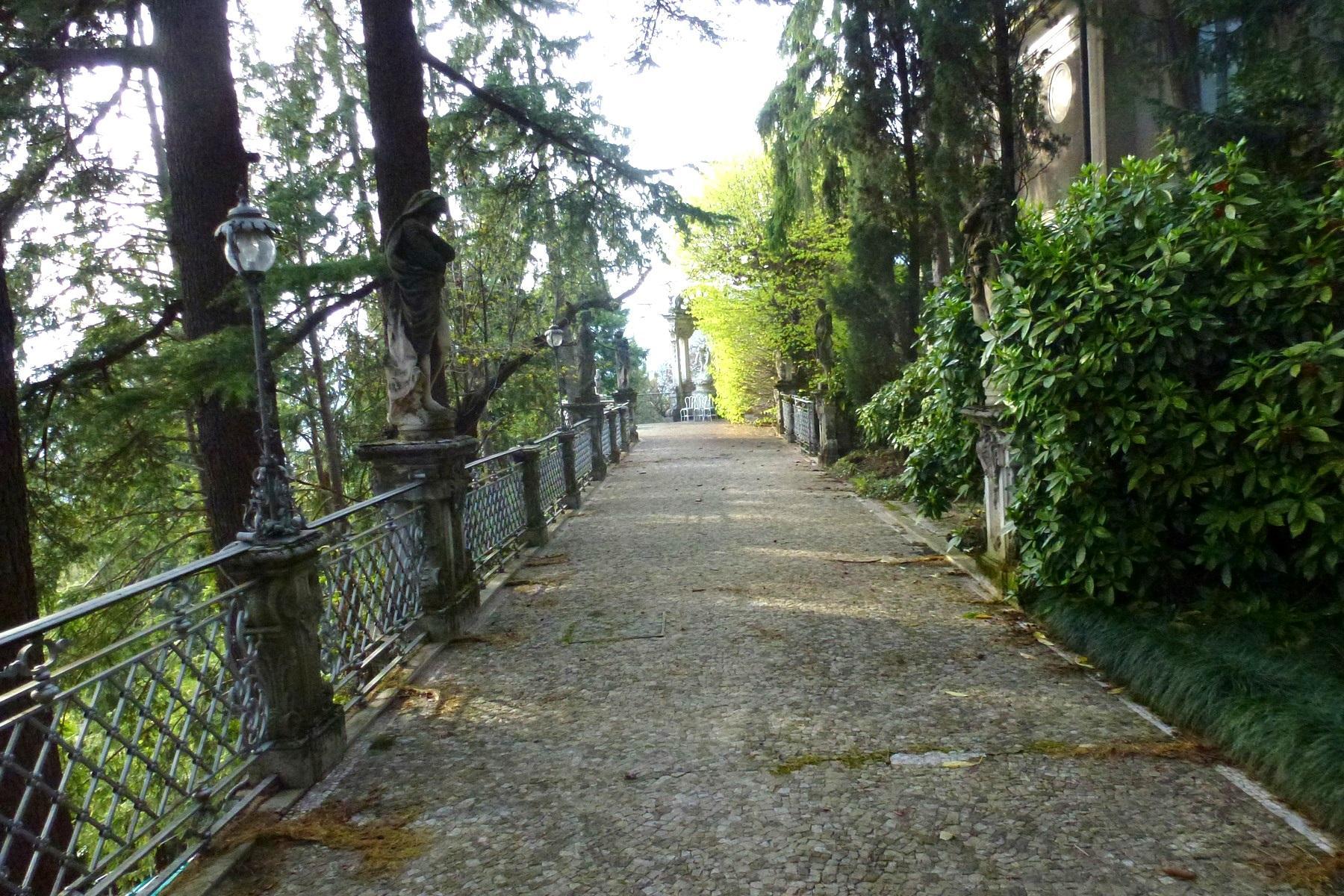 Prestigiosa villa d'epoca sul Lago di Como - 12