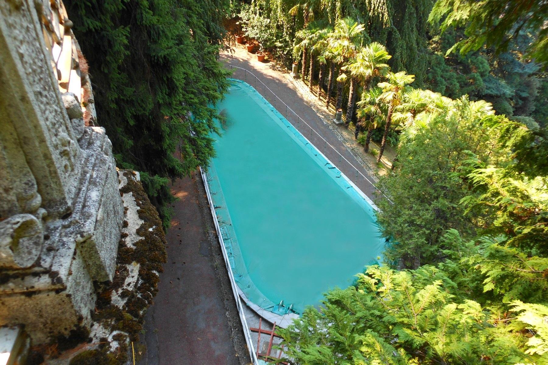 Prestigiosa villa d'epoca sul Lago di Como - 9