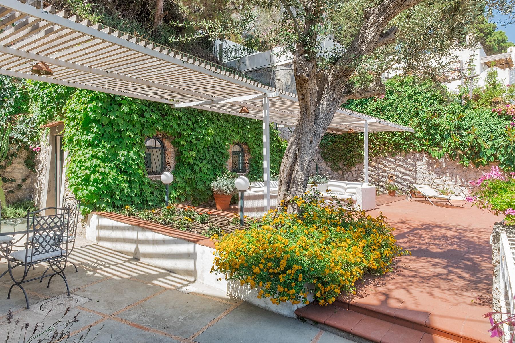 位于Capri市的全景别墅 - 17