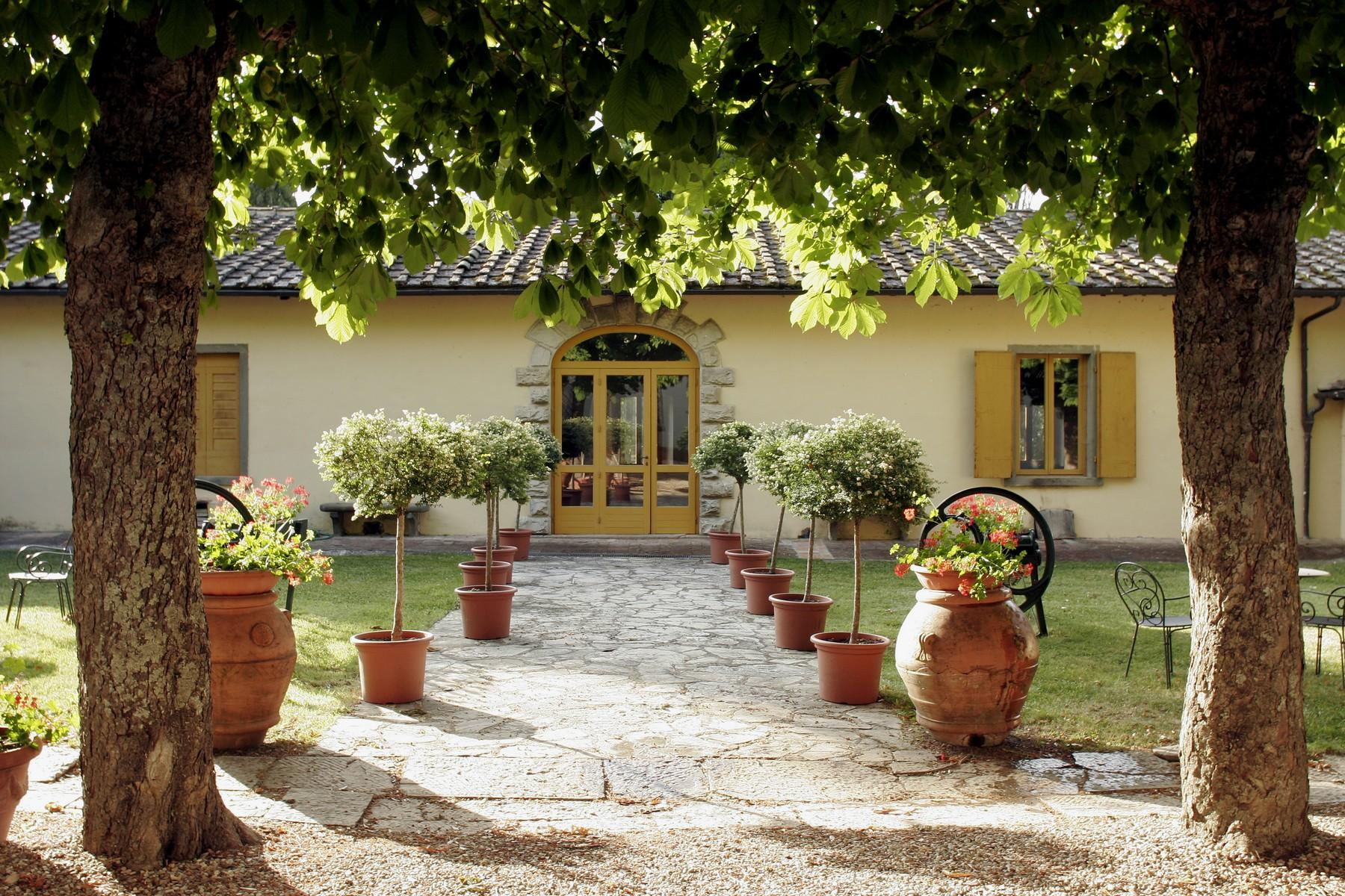 Historical estate in the heart of the 'Chianti Classico' - 2