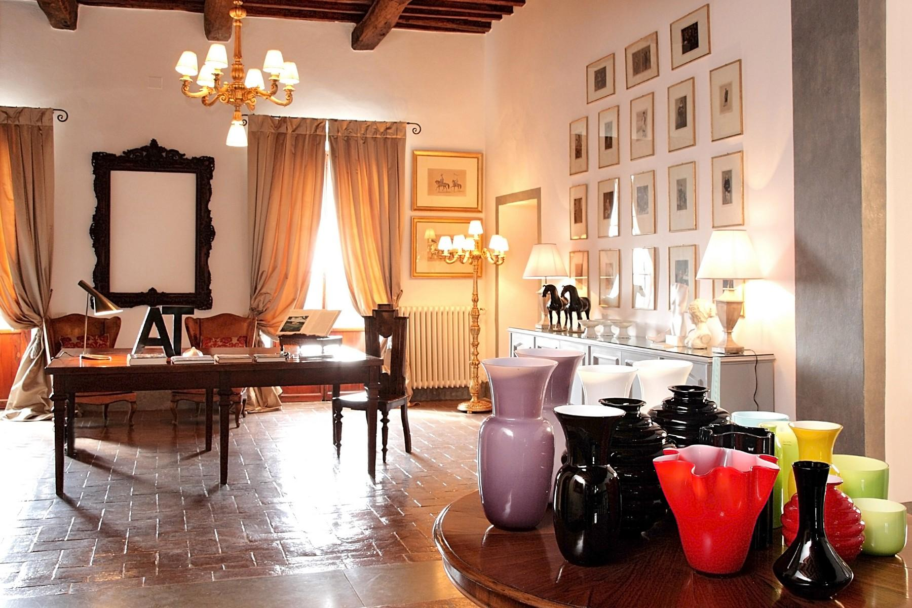 Historical estate in the heart of the 'Chianti Classico' - 6