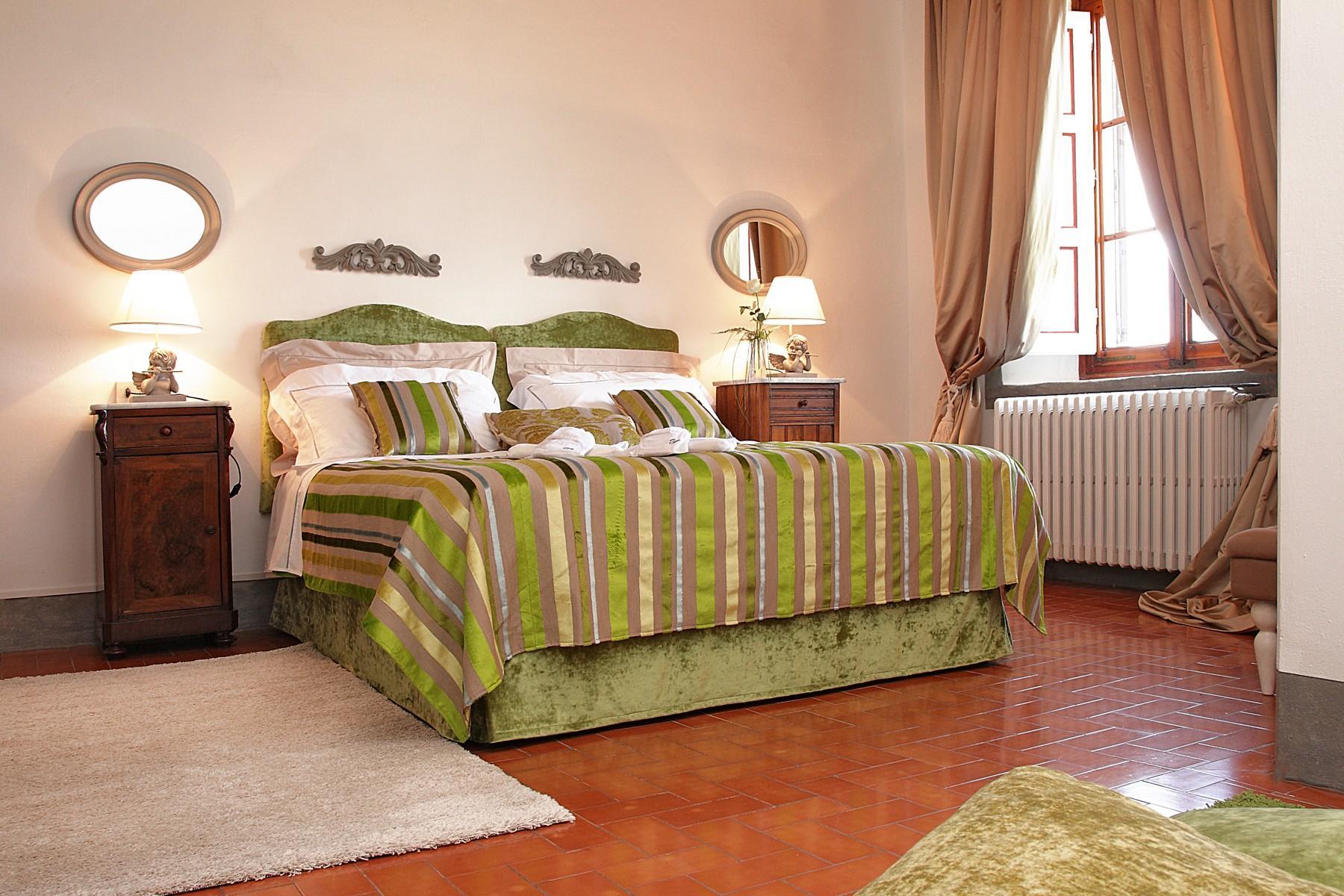 位于Chianti Classic中心历史悠久的庄园 - 10