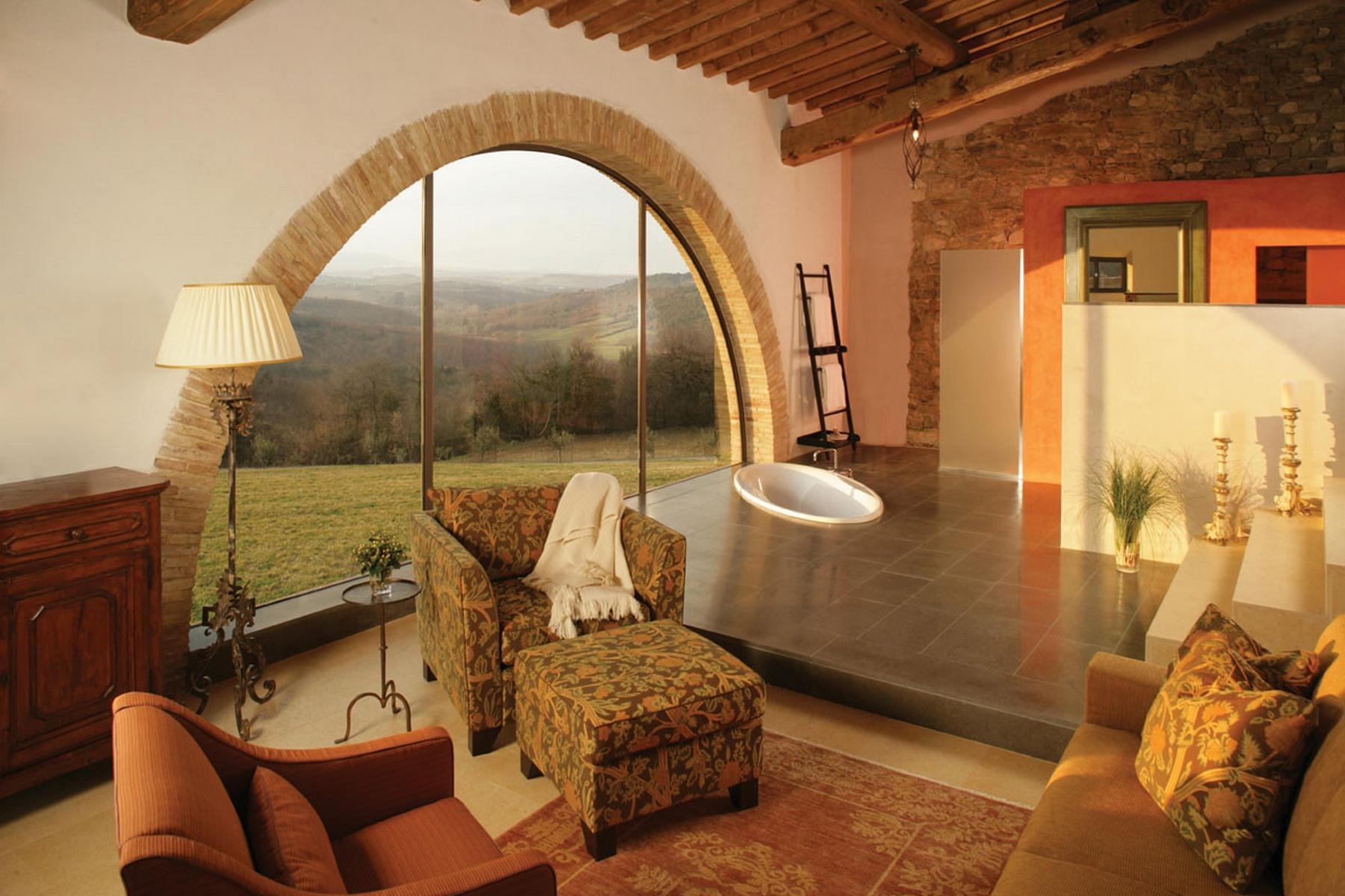 Magnificent estate with farm - 11