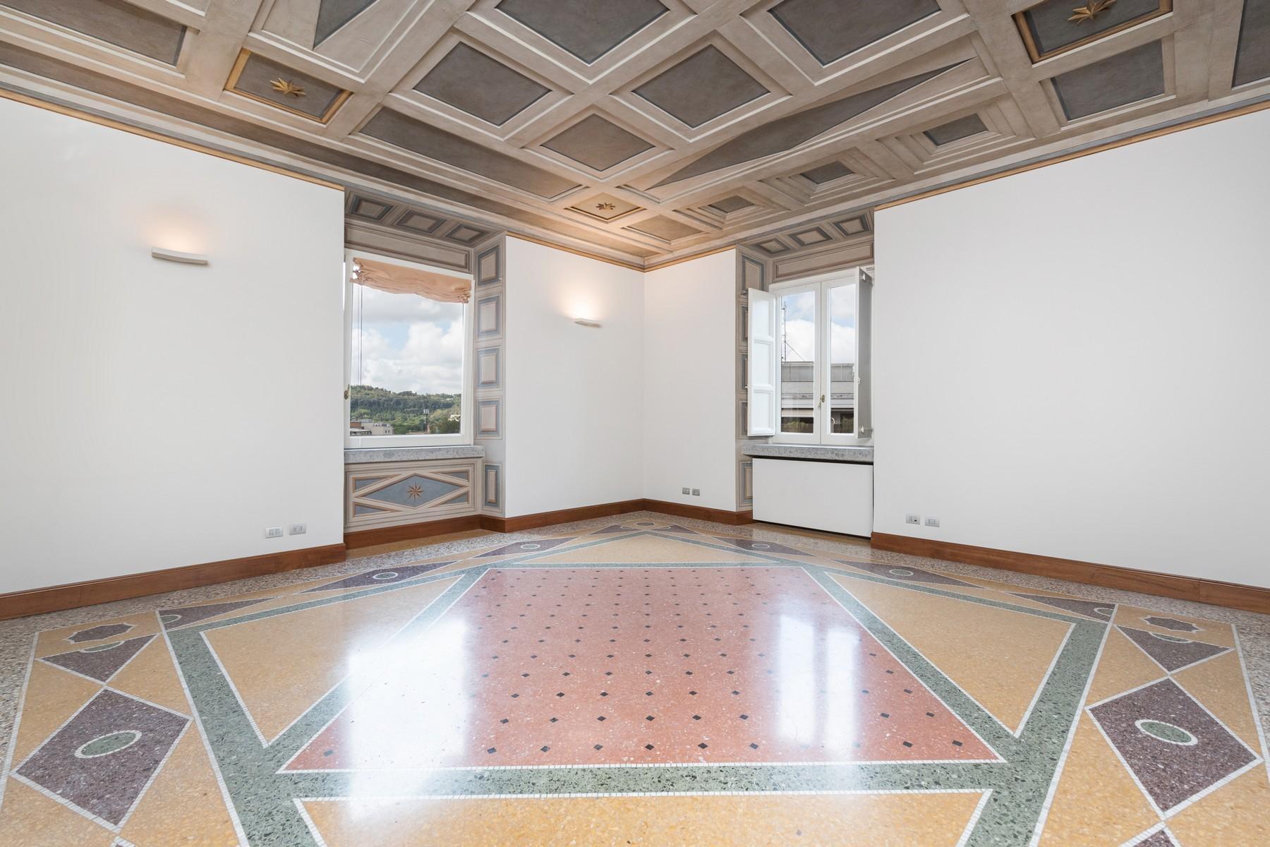 Престижный пятый этаж внутри Виллы Бразини - 5