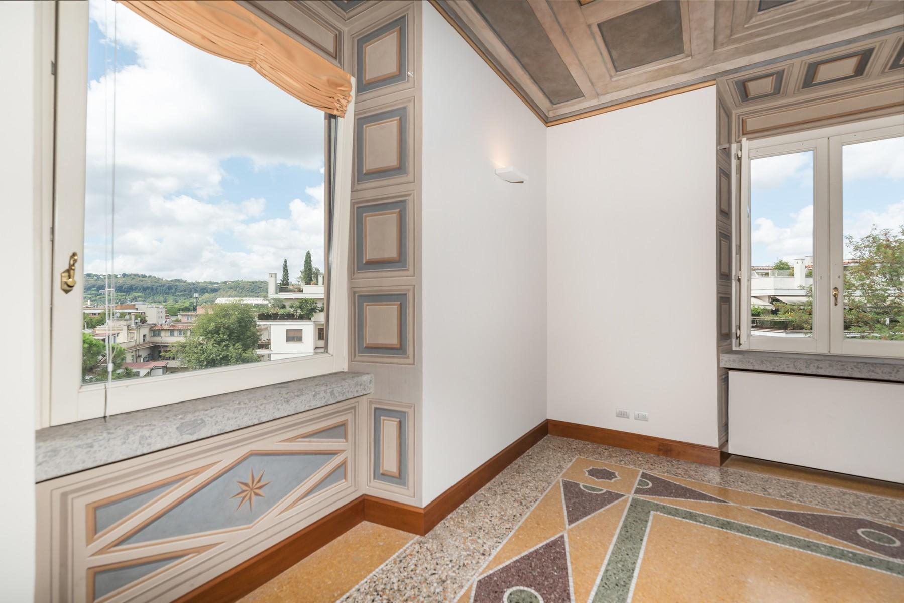 Престижный пятый этаж внутри Виллы Бразини - 1