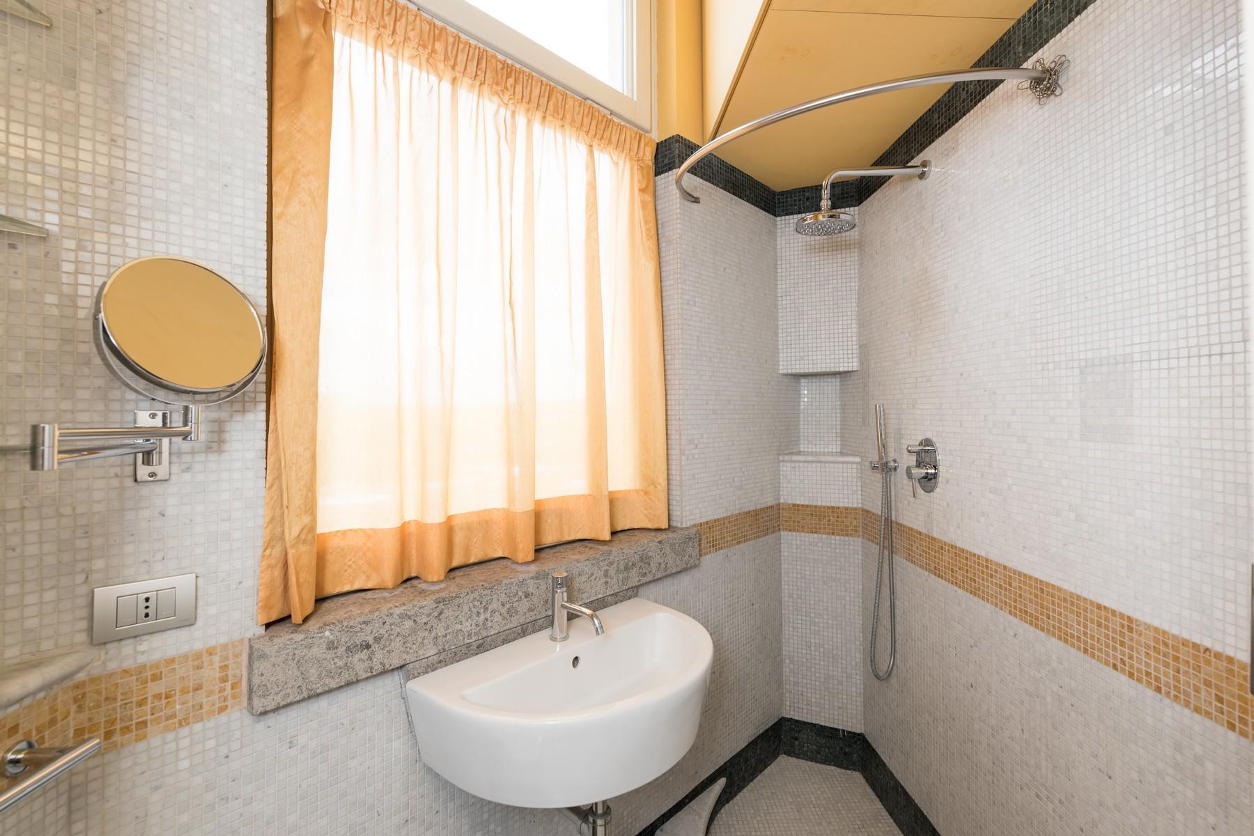 Престижный пятый этаж внутри Виллы Бразини - 17