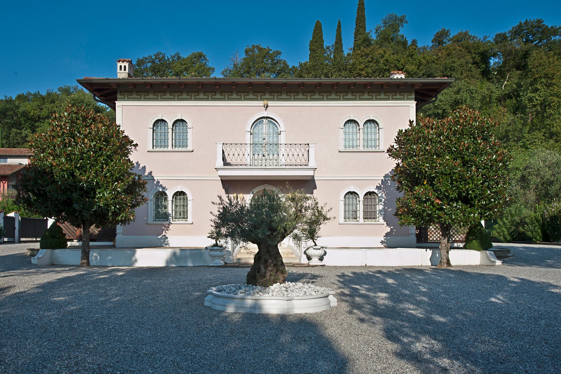 Villa indipendente di charme con piscina ed ampio giardino - 2