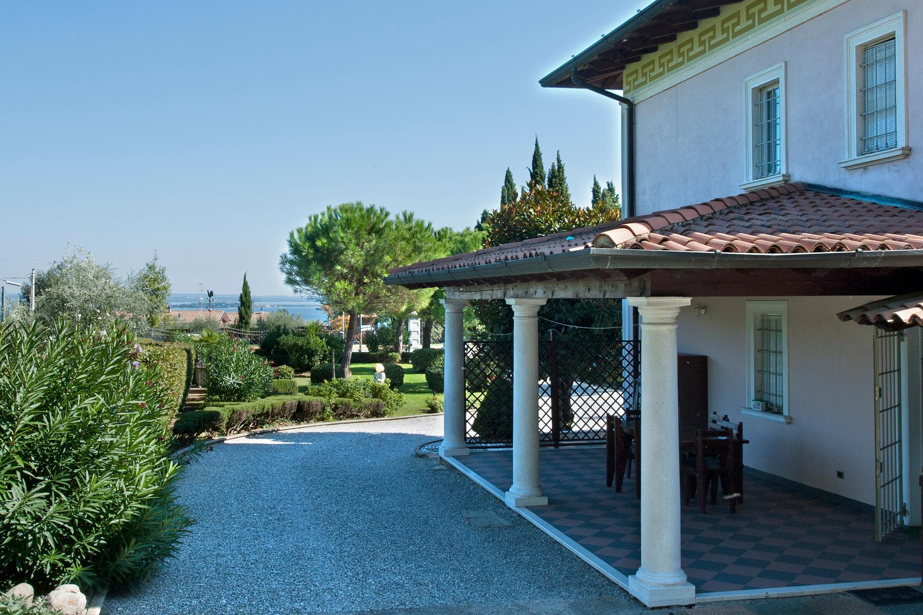 Herrliche Villa mit Swimmingpool und Privatpark - 5