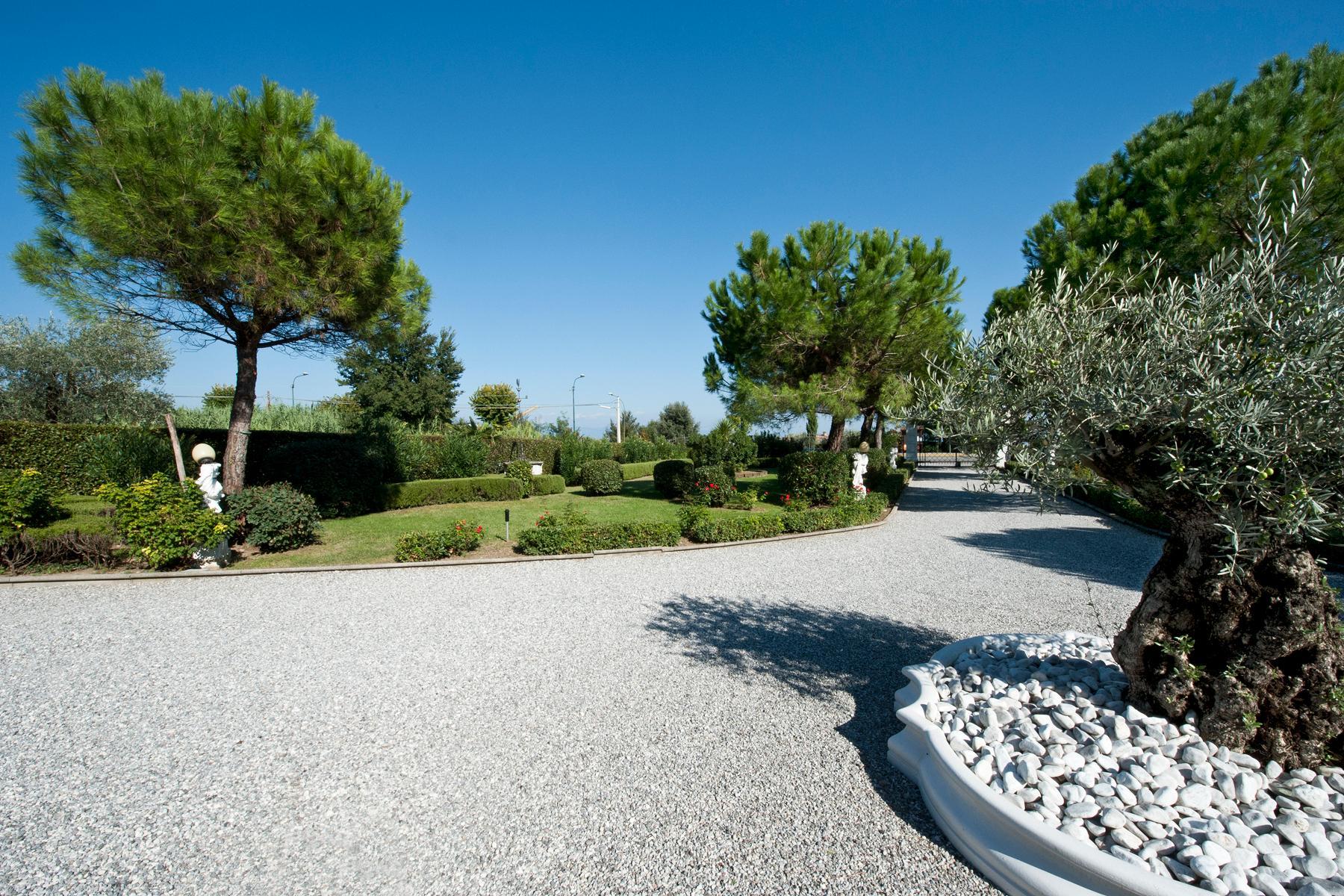 Villa indipendente di charme con piscina ed ampio giardino - 21