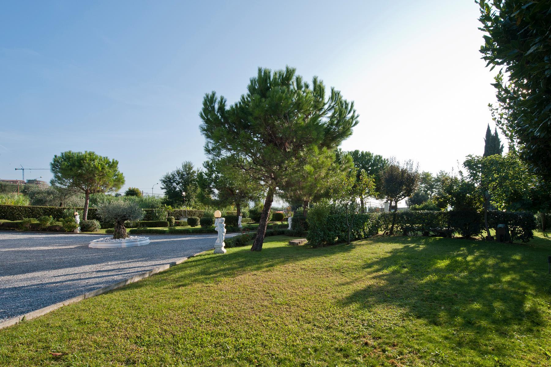 Villa indipendente di charme con piscina ed ampio giardino - 22