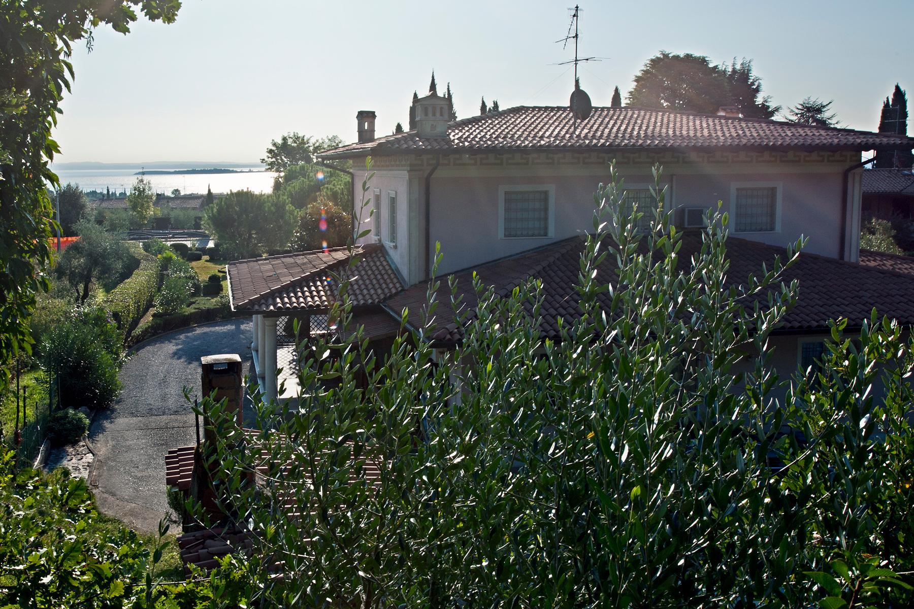 Herrliche Villa mit Swimmingpool und Privatpark - 6