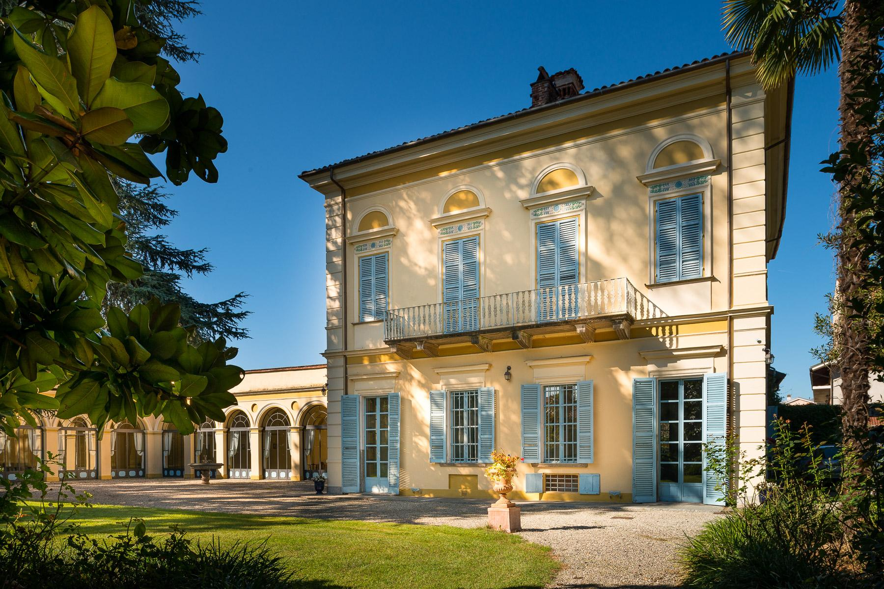 Elegant Villa in the Canavese countryside - 2