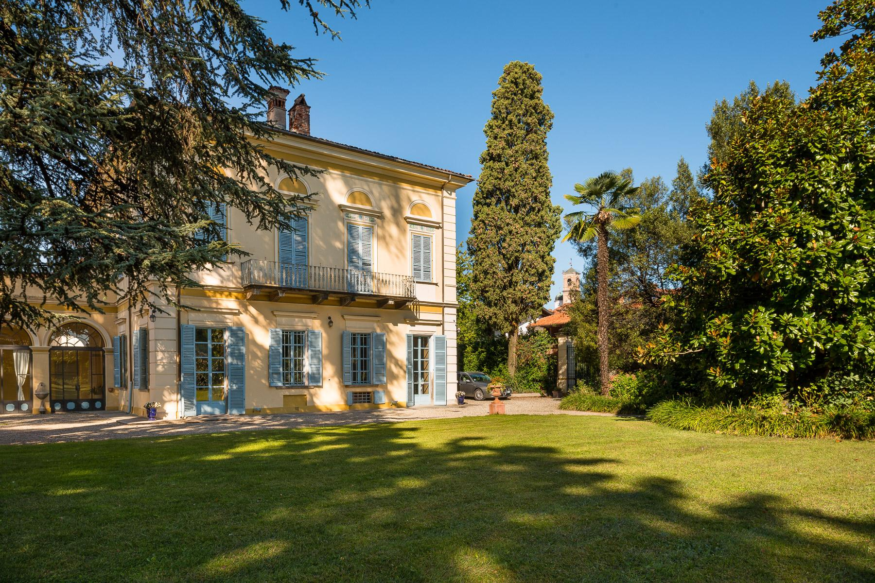 Elegant Villa in the Canavese countryside - 15