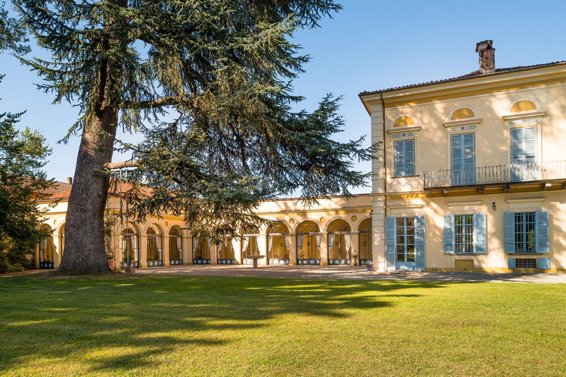 Elegant Villa in the Canavese countryside - 16