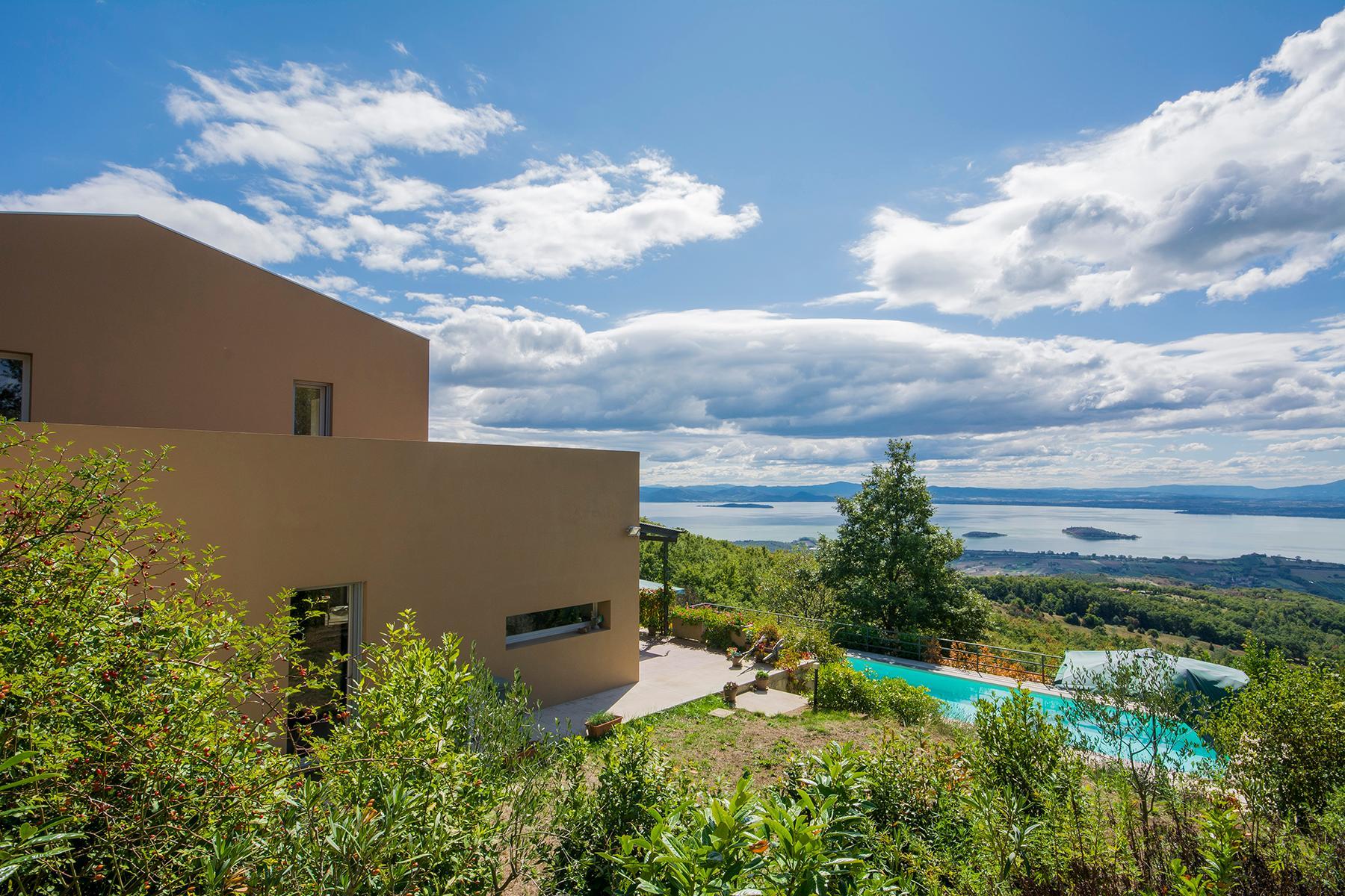 Villa moderna con finiture di pregio in posizione vista lago esclusiva - 12