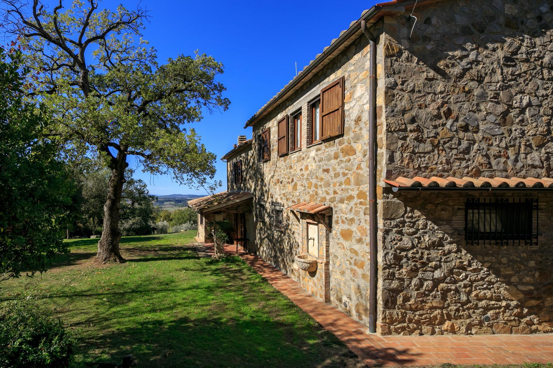 Farmhouse with outbuildingand pool with beautiful view over Saturnia and the surroundings - 6