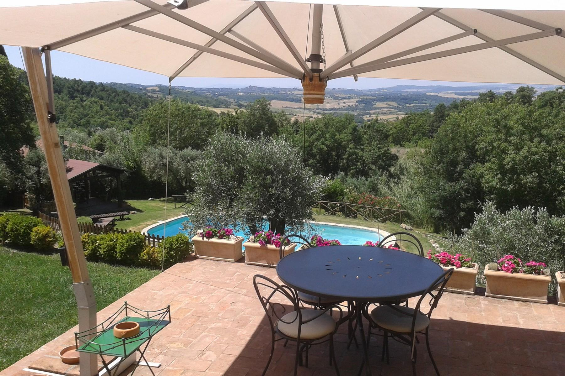 俯瞰Saturnia和周边优美景致的农舍且享有副楼 - 10