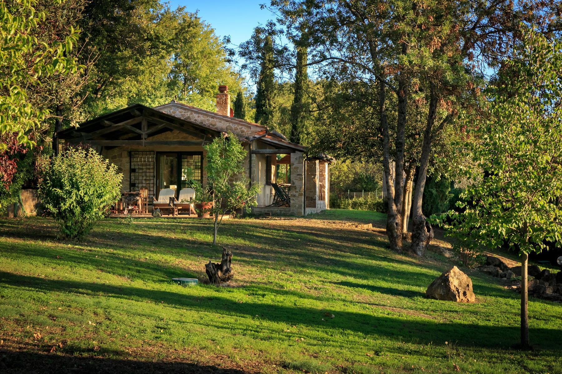 俯瞰Saturnia和周边优美景致的农舍且享有副楼 - 13