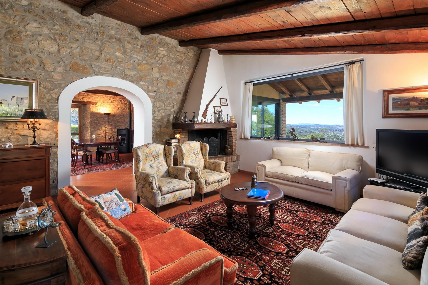 俯瞰Saturnia和周边优美景致的农舍且享有副楼 - 14