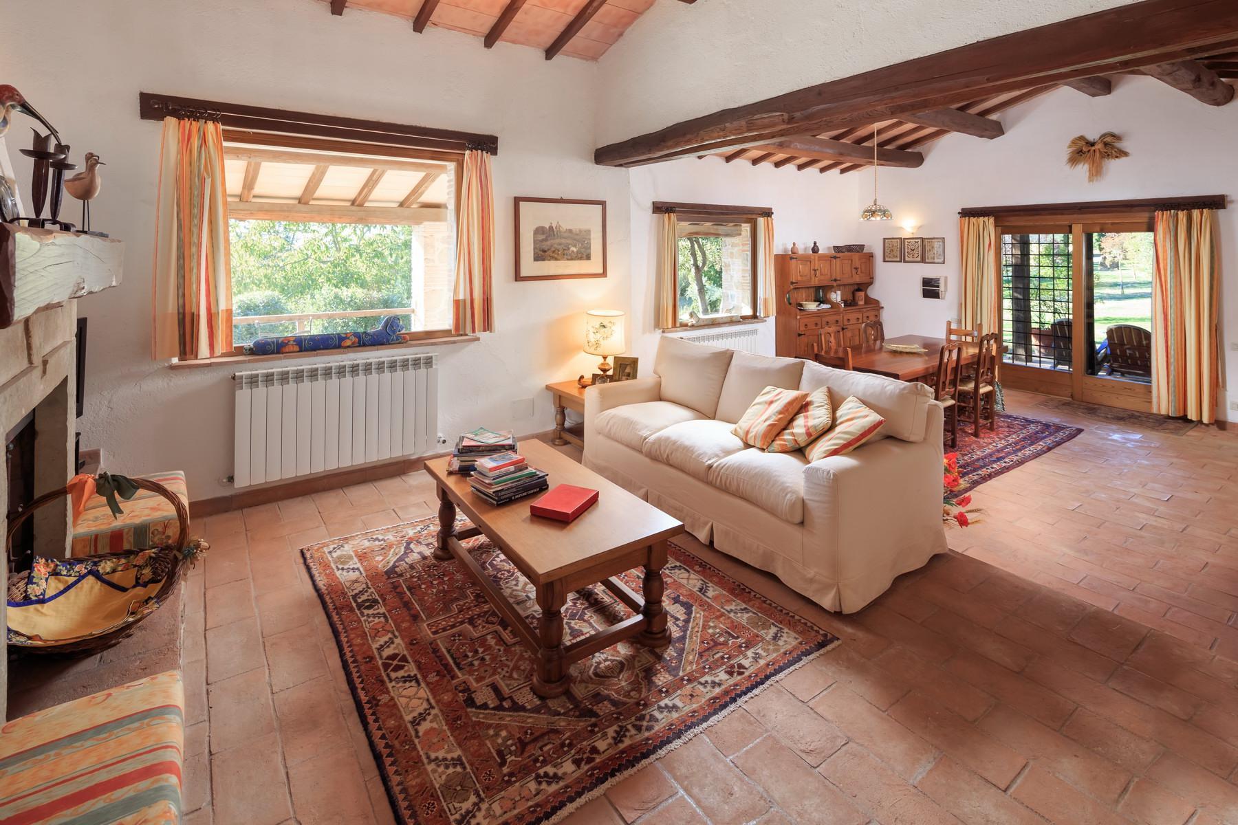 俯瞰Saturnia和周边优美景致的农舍且享有副楼 - 24