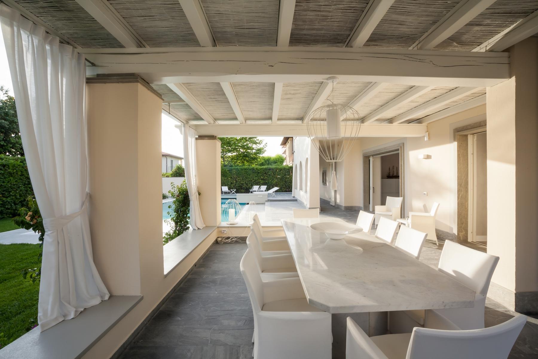 Wunderschöne Villa mit Pool in Forte dei Marmi - 3