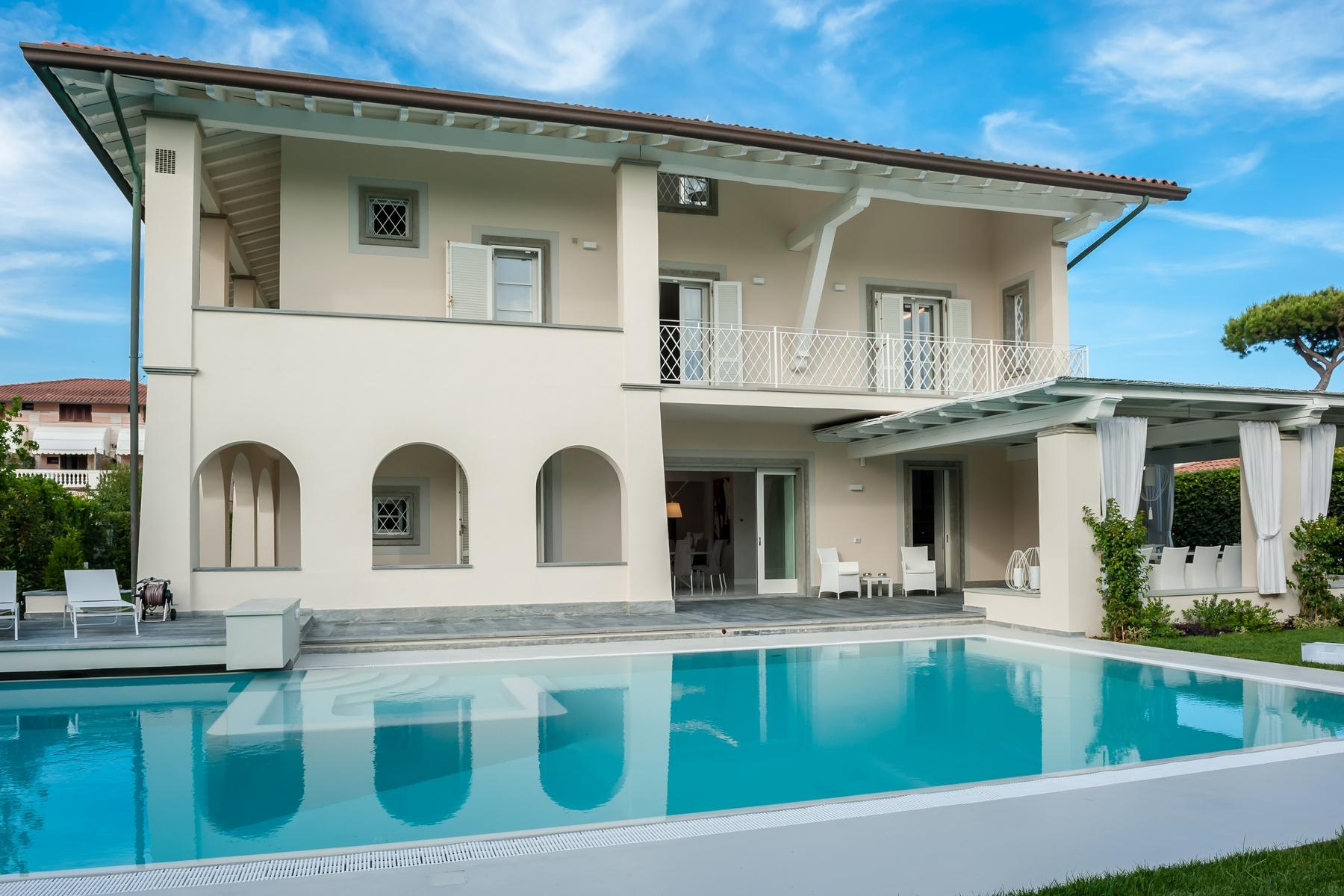 Splendid villa with swimming pool in Forte dei Marmi - 4