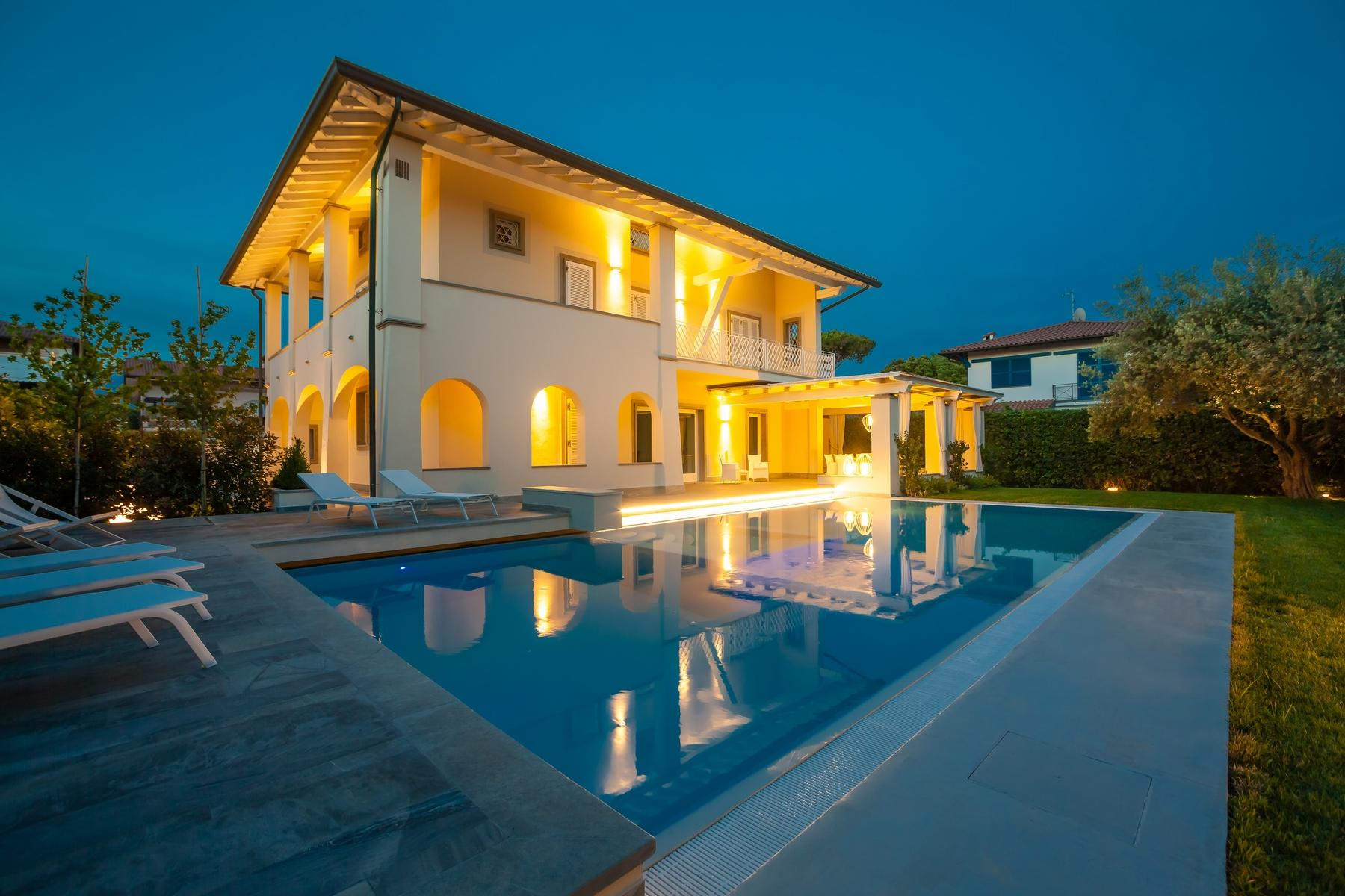 Splendid villa with swimming pool in Forte dei Marmi - 19