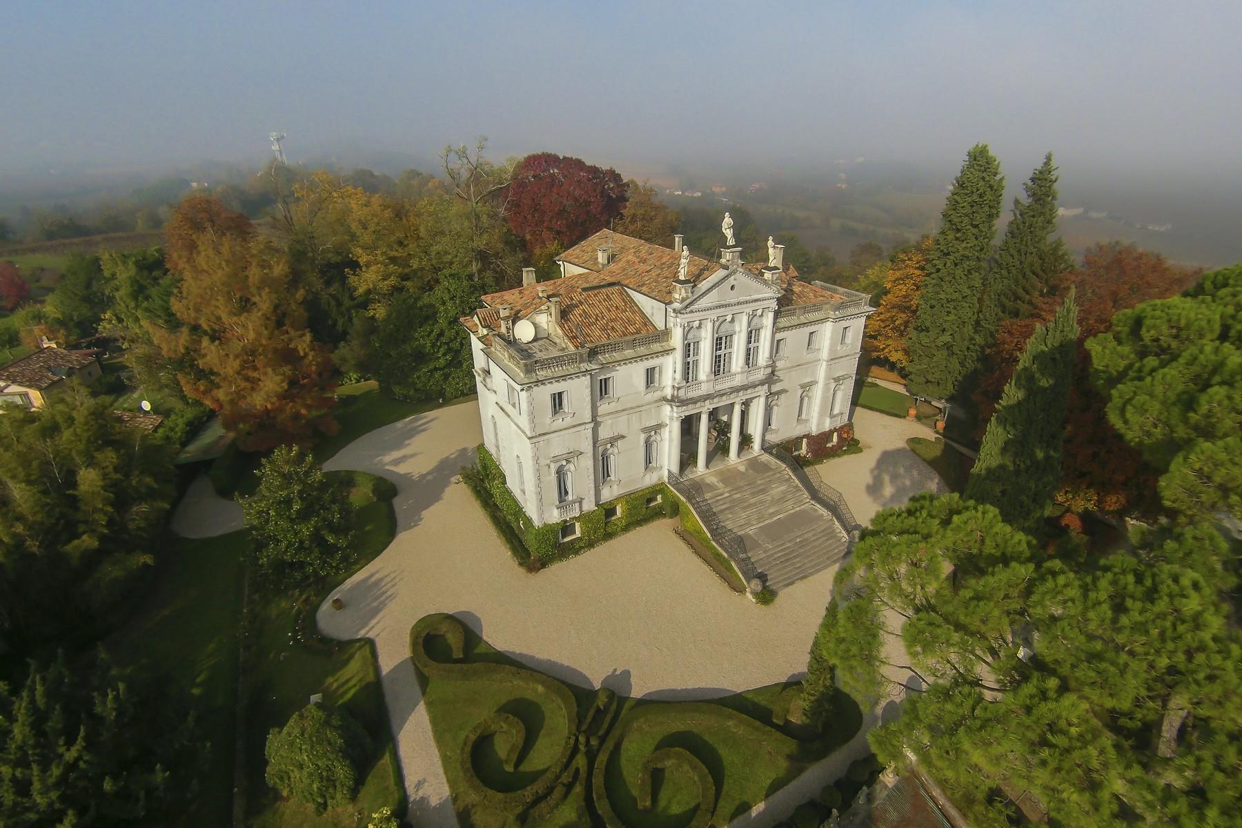 Splendida villa risalente alla seconda metà del XVII - 4