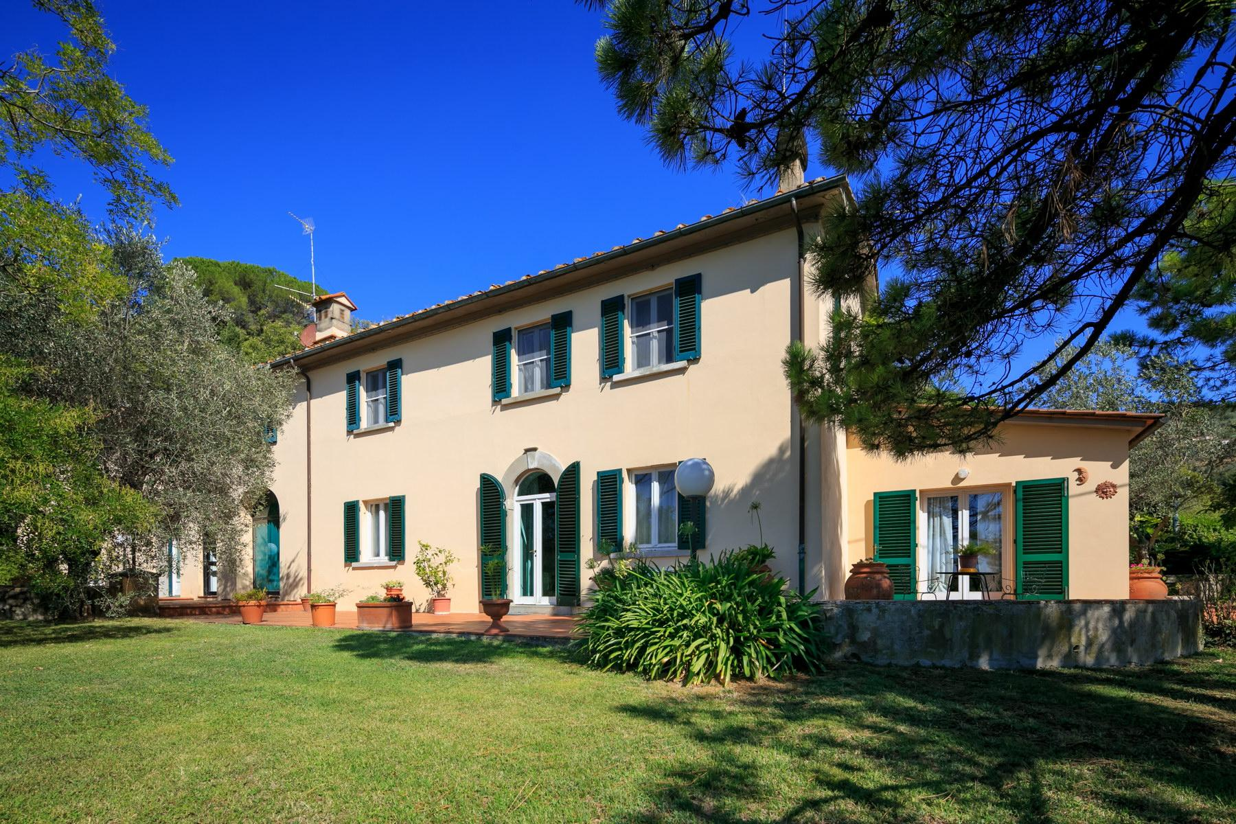 Wonderful farmhouse on the Tuscan hills - 6