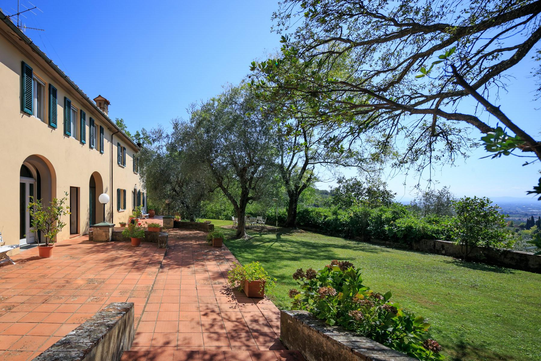 Wonderful farmhouse on the Tuscan hills - 2