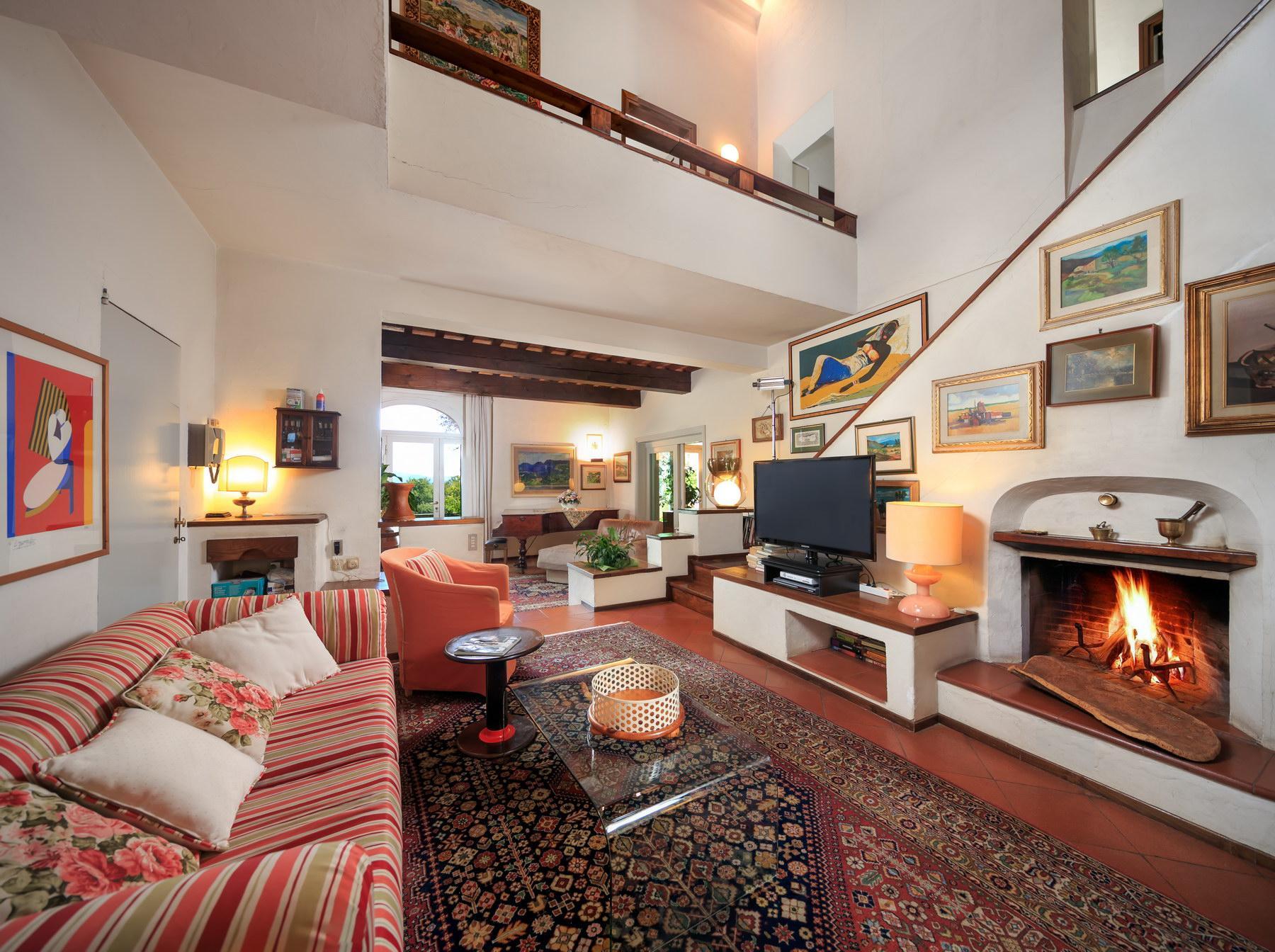 Wonderful farmhouse on the Tuscan hills - 11