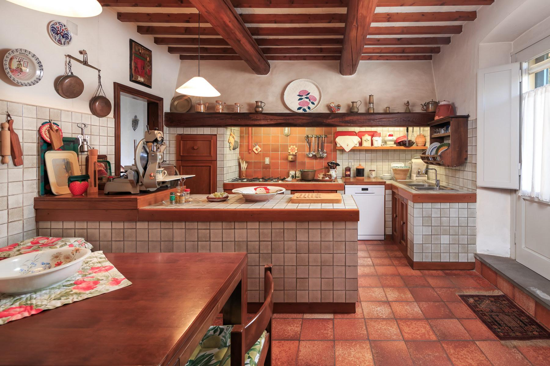 Wonderful farmhouse on the Tuscan hills - 13