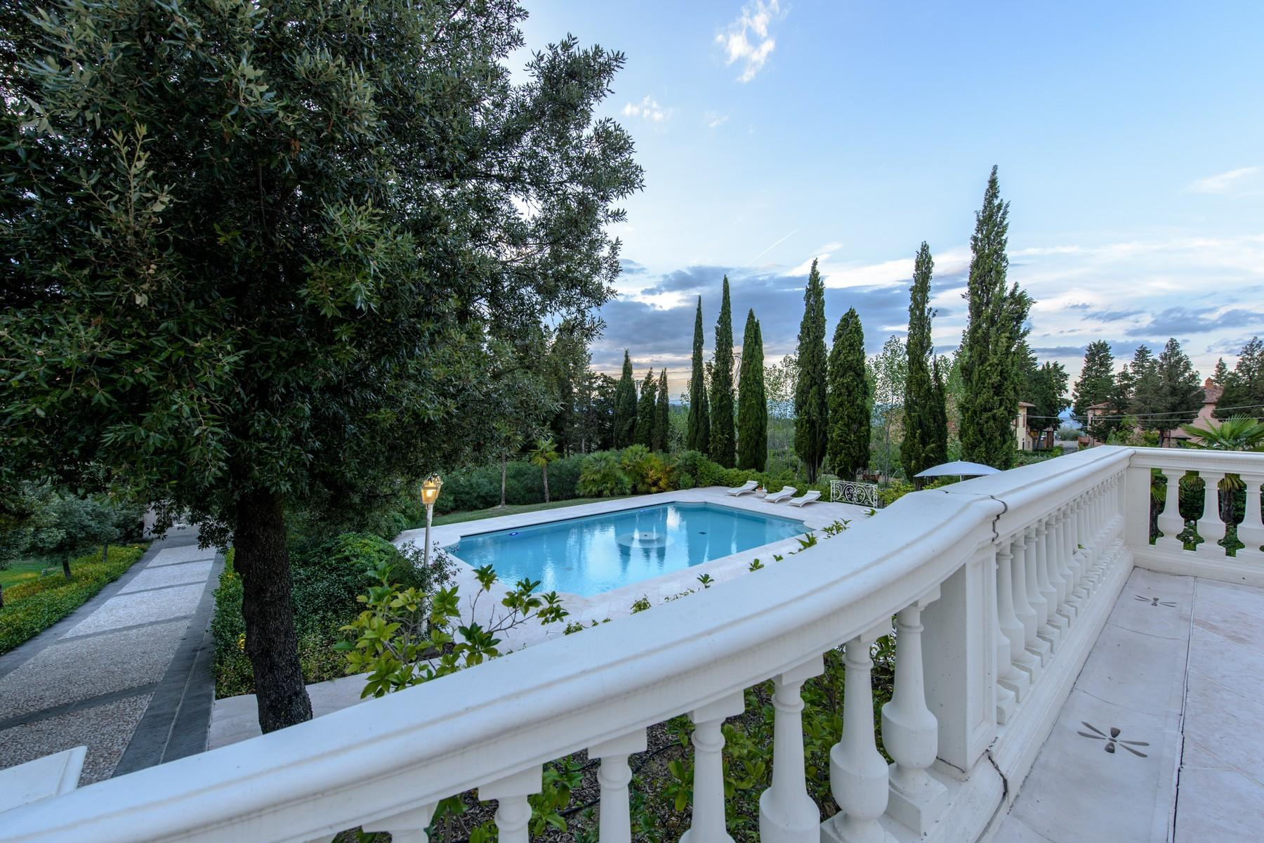 Magnificent property in the florentine Chianti with pool and private park - 2
