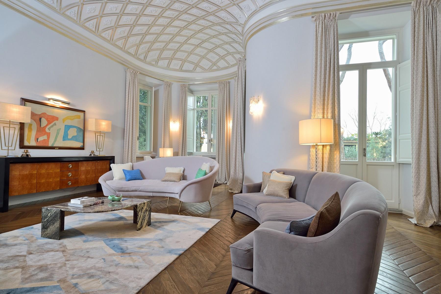 Majestic Villa dominating Rome - 15
