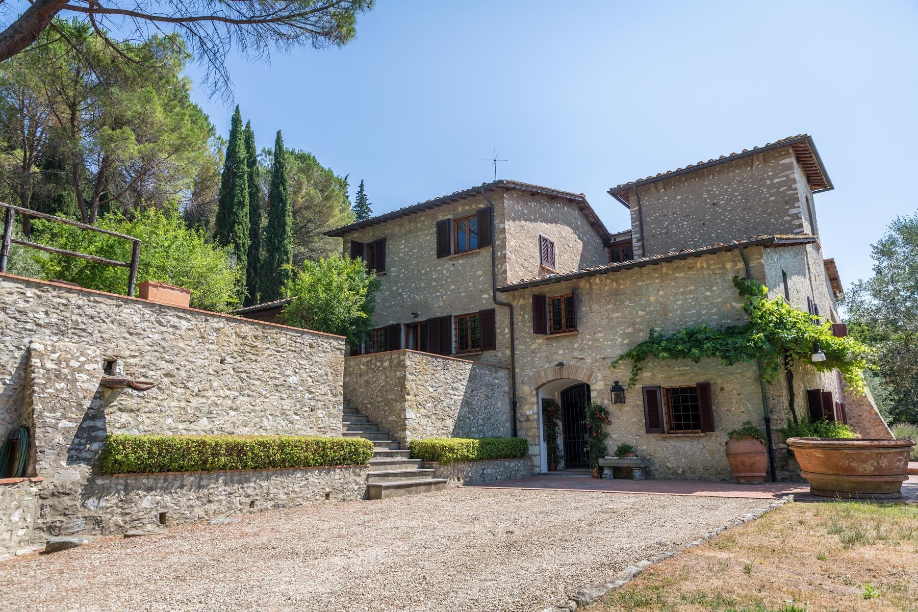 Замечательный загородный дом в сельской местности недалеко от Флоренции - 1