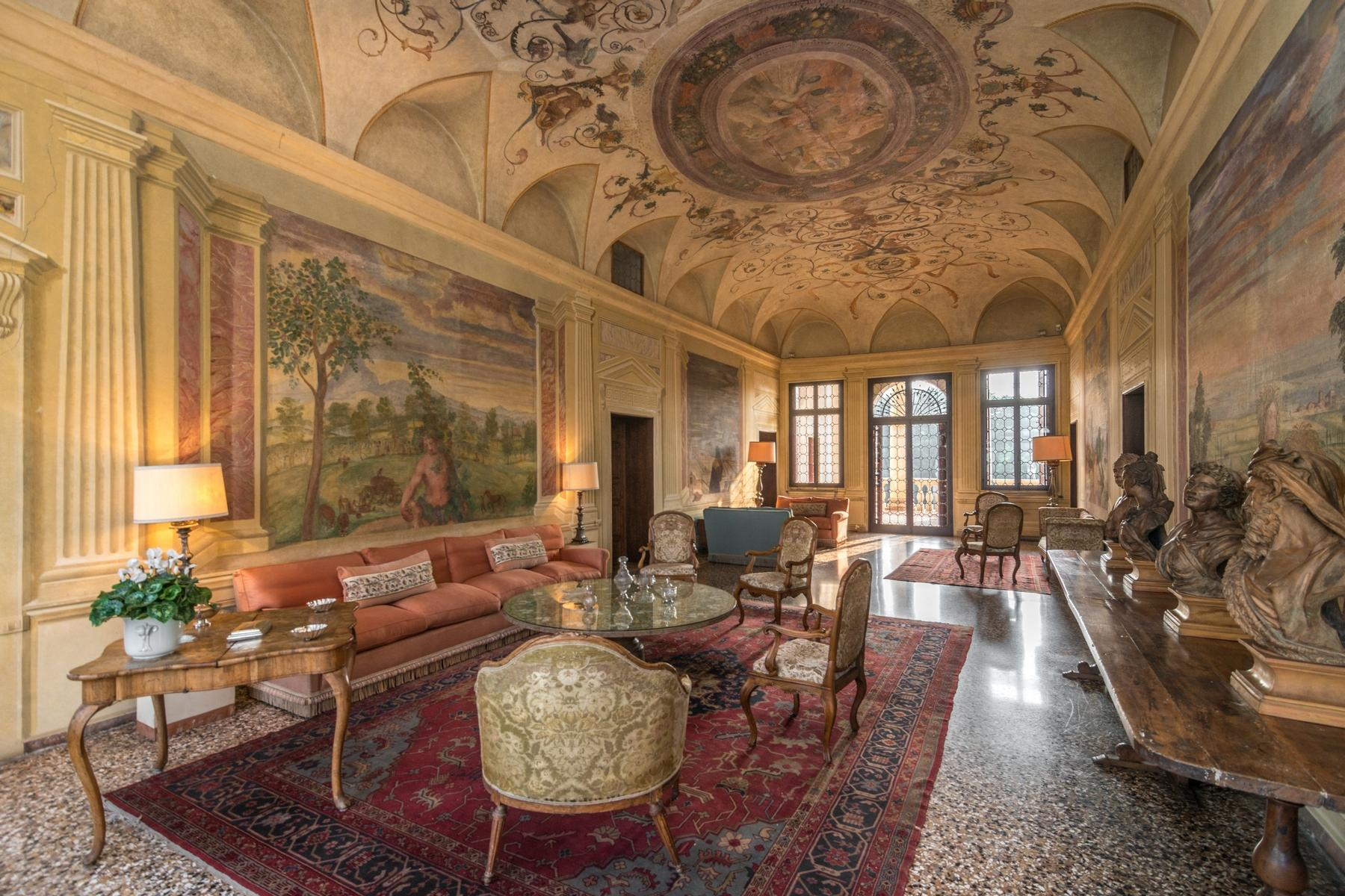 Magnifica villa di pregio storico e artistico - 1