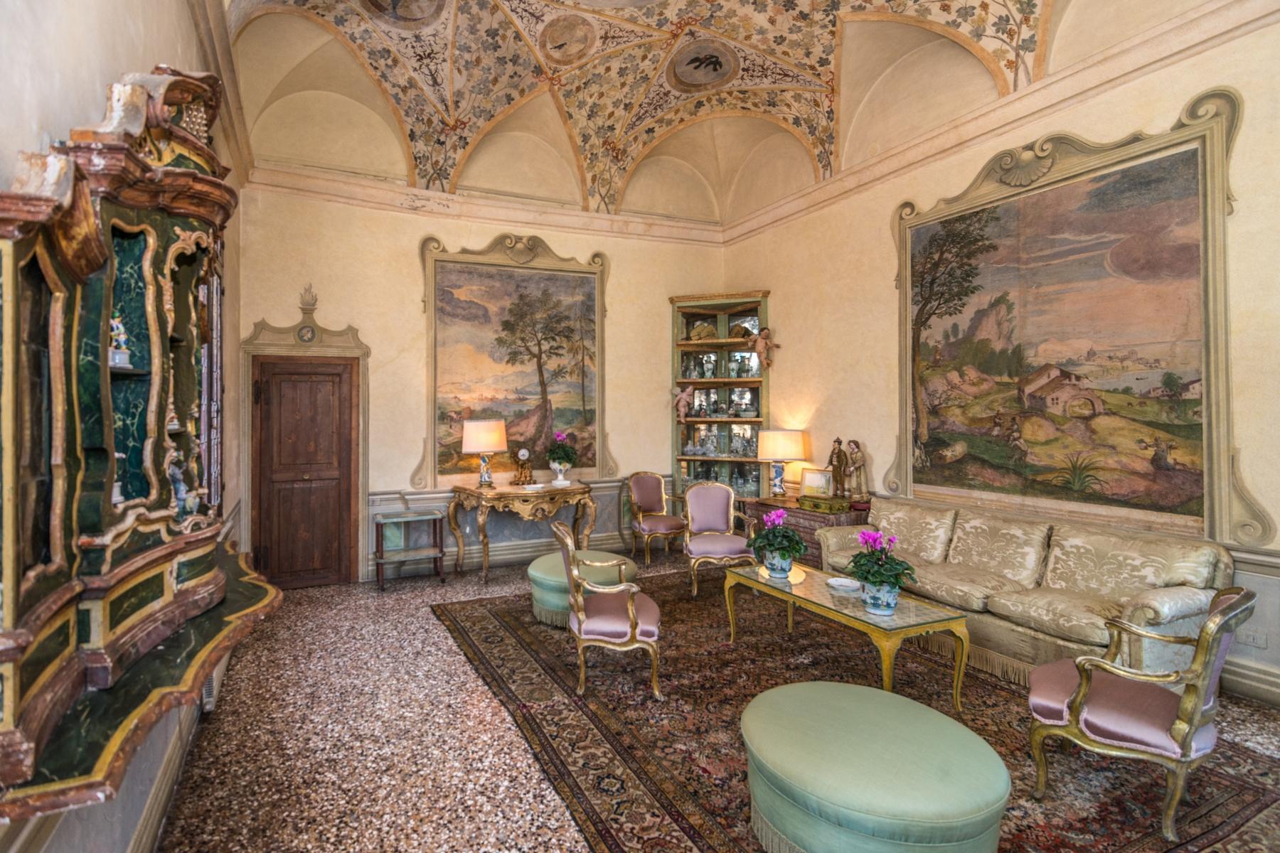 Magnifica villa di pregio storico e artistico - 4
