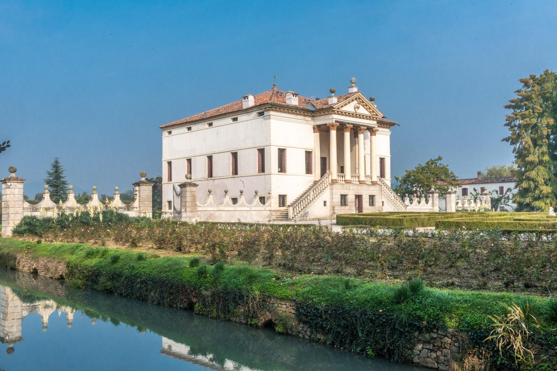 Magnificent villa of historical and artistic value - 26