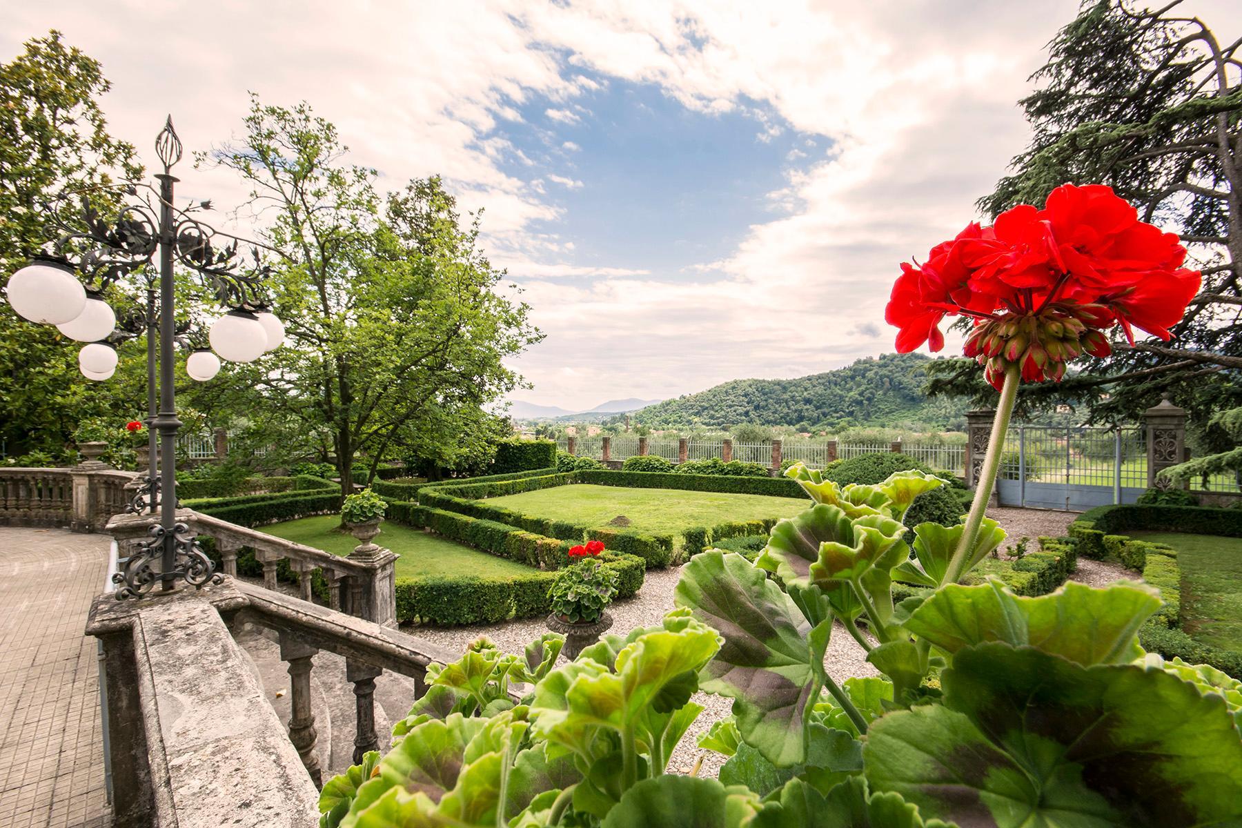 Herrliche Villa aus dem 18. Jahrhundert in der Nähe von Lucca - 20