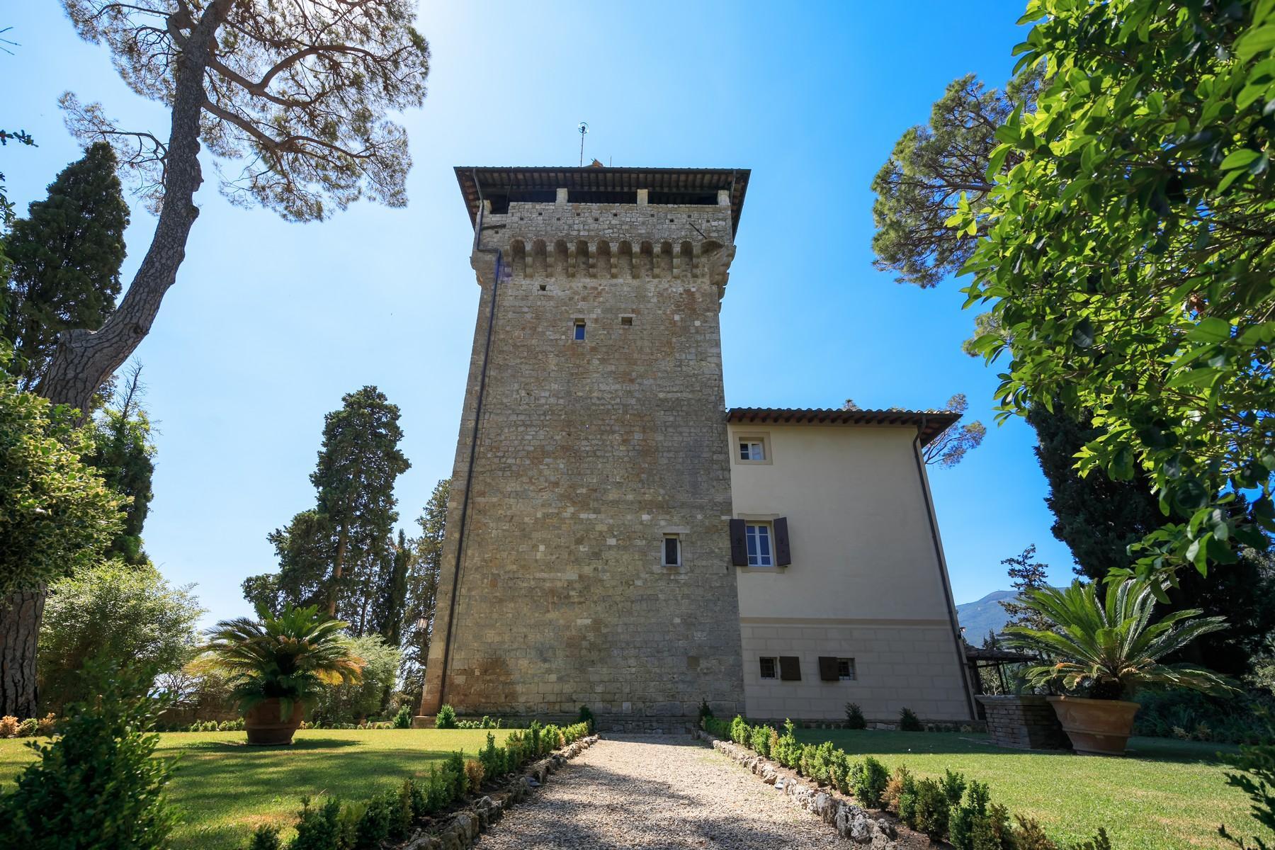 Восхитительное поместье с захватывающим видом на Тоскану в окрестностях Сиены, Италия - 28