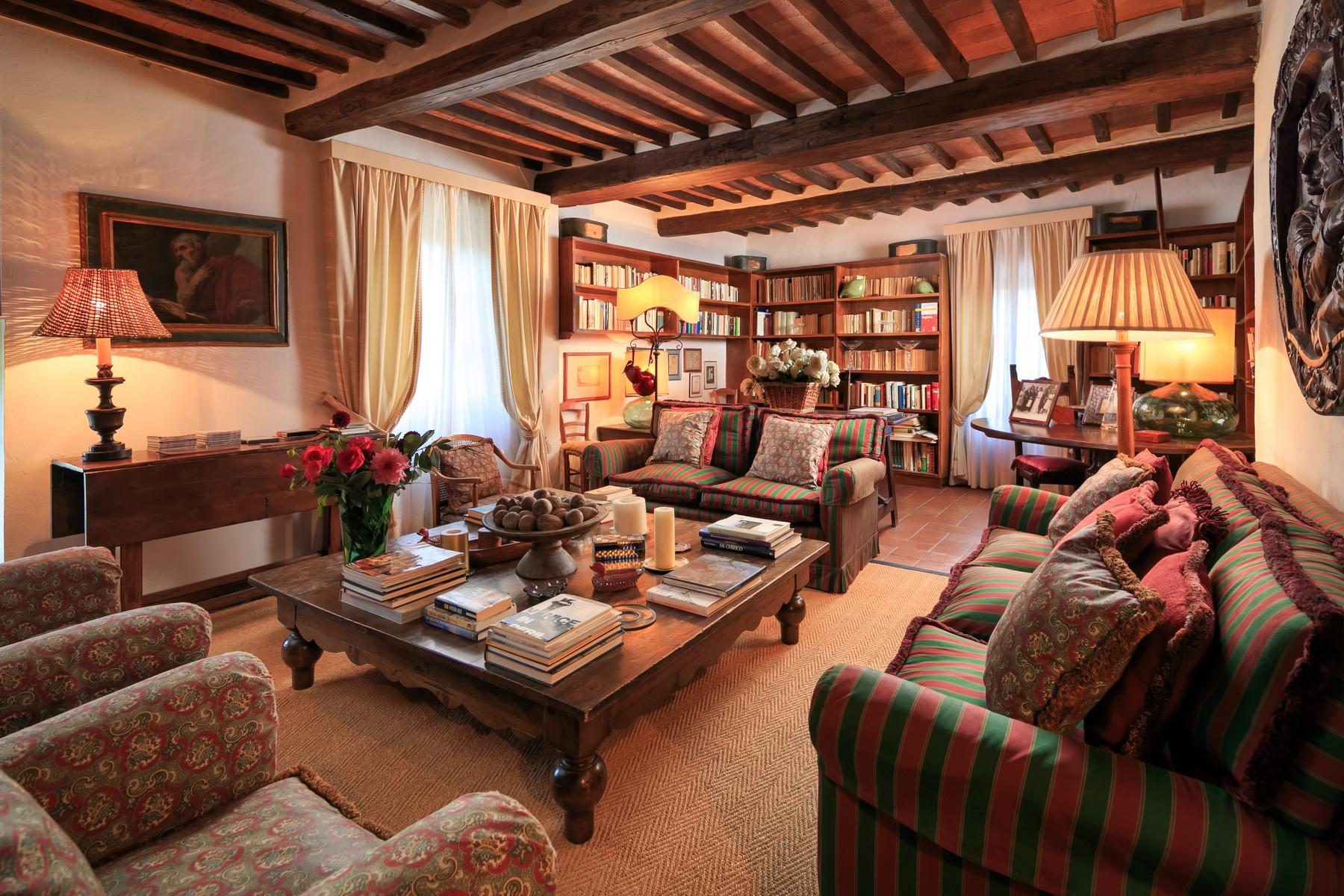 Wonderful farmhouse in the Chianti hills - 3